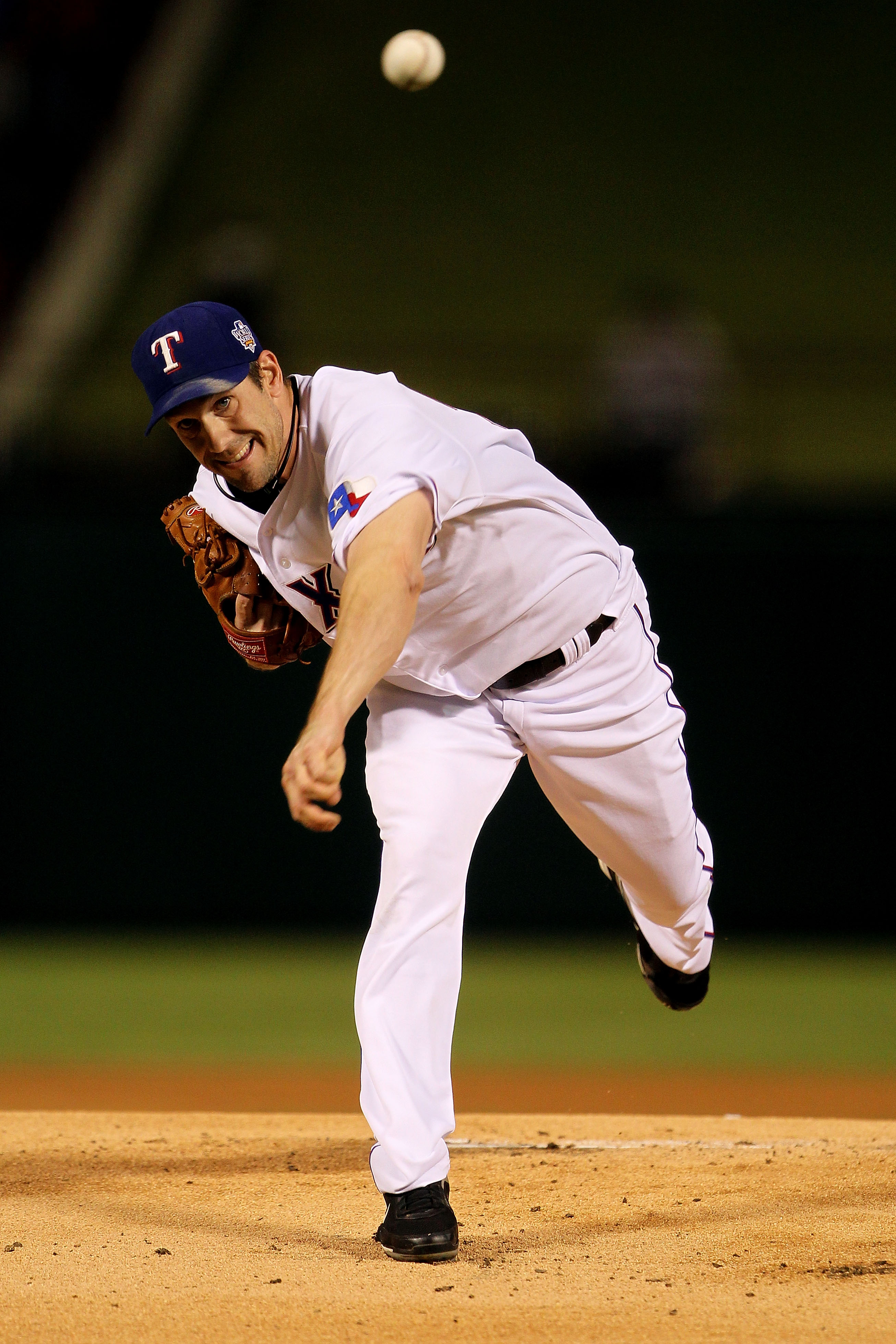 ARLINGTON, TX - NOVEMBER 01:  Cliff Lee #33 of the Texas Rangers pitches against the San Francisco Giants in Game Five of the 2010 MLB World Series at Rangers Ballpark in Arlington on November 1, 2010 in Arlington, Texas.  (Photo by Doug Pensinger/Getty I