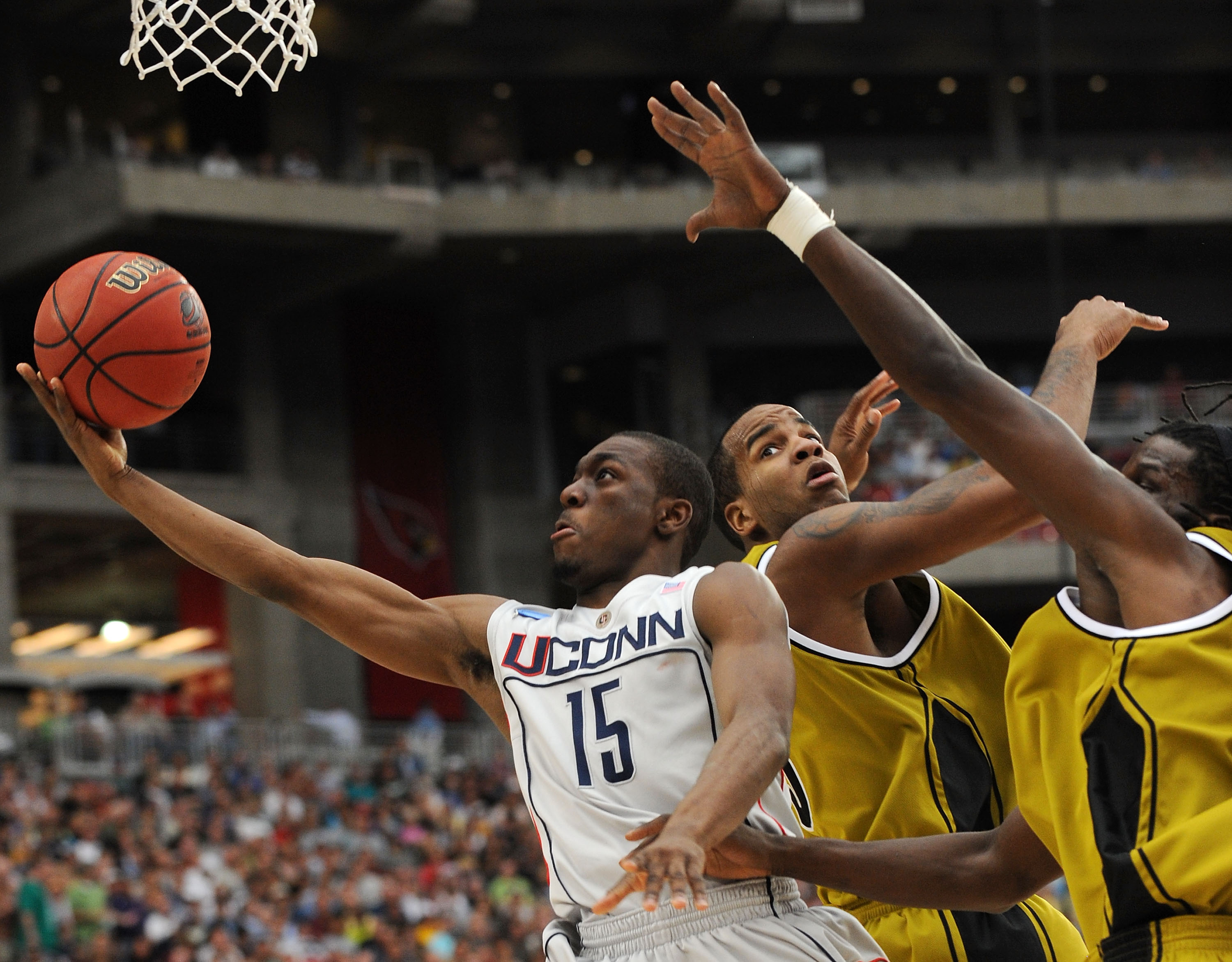 UConn Basketball: What's Wrong With the Huskies' Kemba Walker