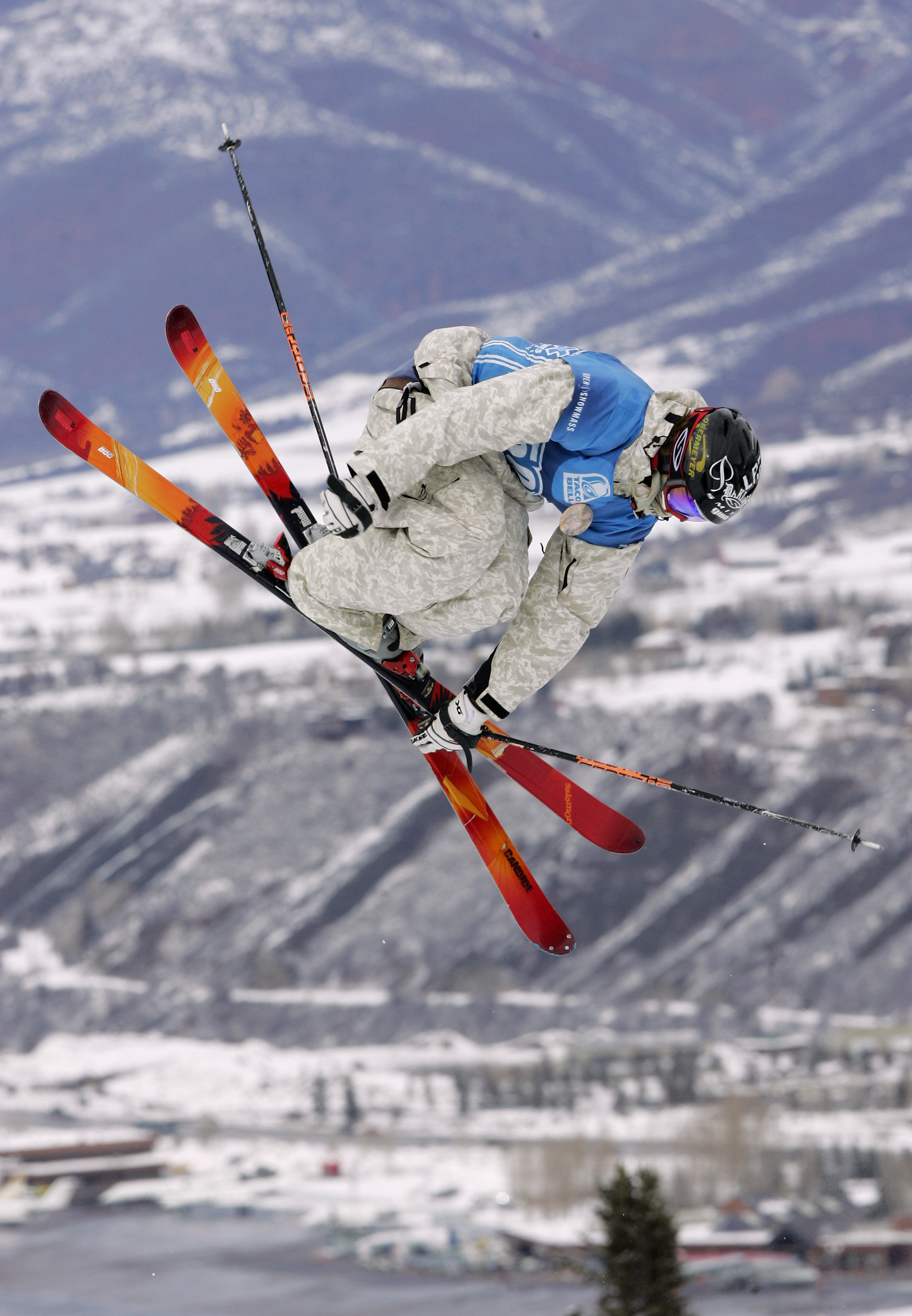 ASPEN, CO - JANUARY 30:  Peter Olenick of Carbondale, Colorado, competes during the Ski Slopestyle Finals the Winter X Games Nine on January 30, 2005 at Buttermilk in Aspen, Colorado.  (Photo by Brian Bahr/Getty Images)