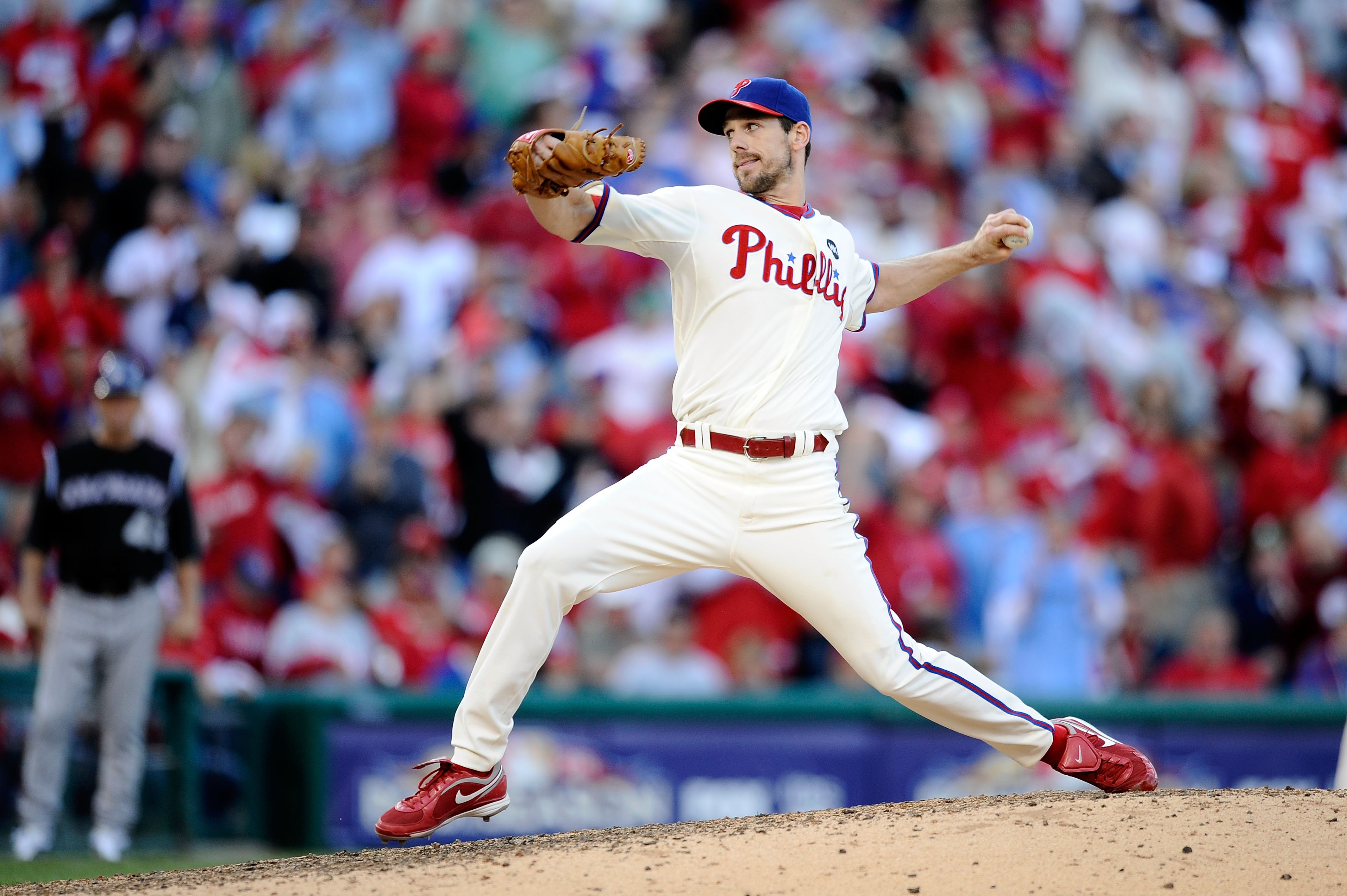 PHILADELPHIA - OCTOBER 07:  Starting pitcher Cliff Lee #34 of the Philadelphia Phillies throws a pitch against the Colorado Rockies in Game One of the NLDS during the 2009 MLB Playoffs at Citizens Bank Park on October 7, 2009 in Philadelphia, Pennsylvania
