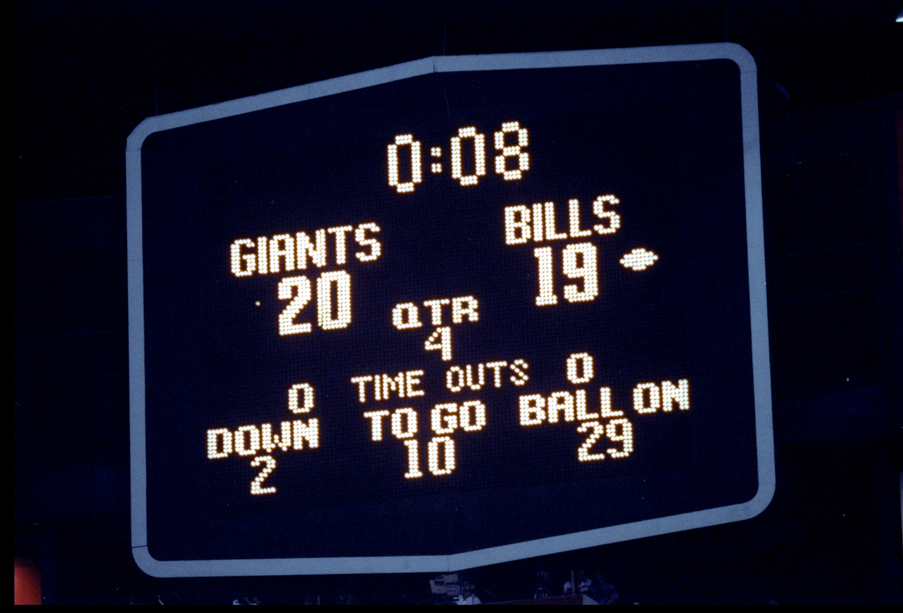 27 Jan 1991:  General view of the scoreboard at Super Bowl XXV between the Buffalo Bills and the New York Giants at Tampa Stadium in Tampa, Florida.  The Giants won the game, 20-19. Mandatory Credit: Rick Stewart  /Allsport