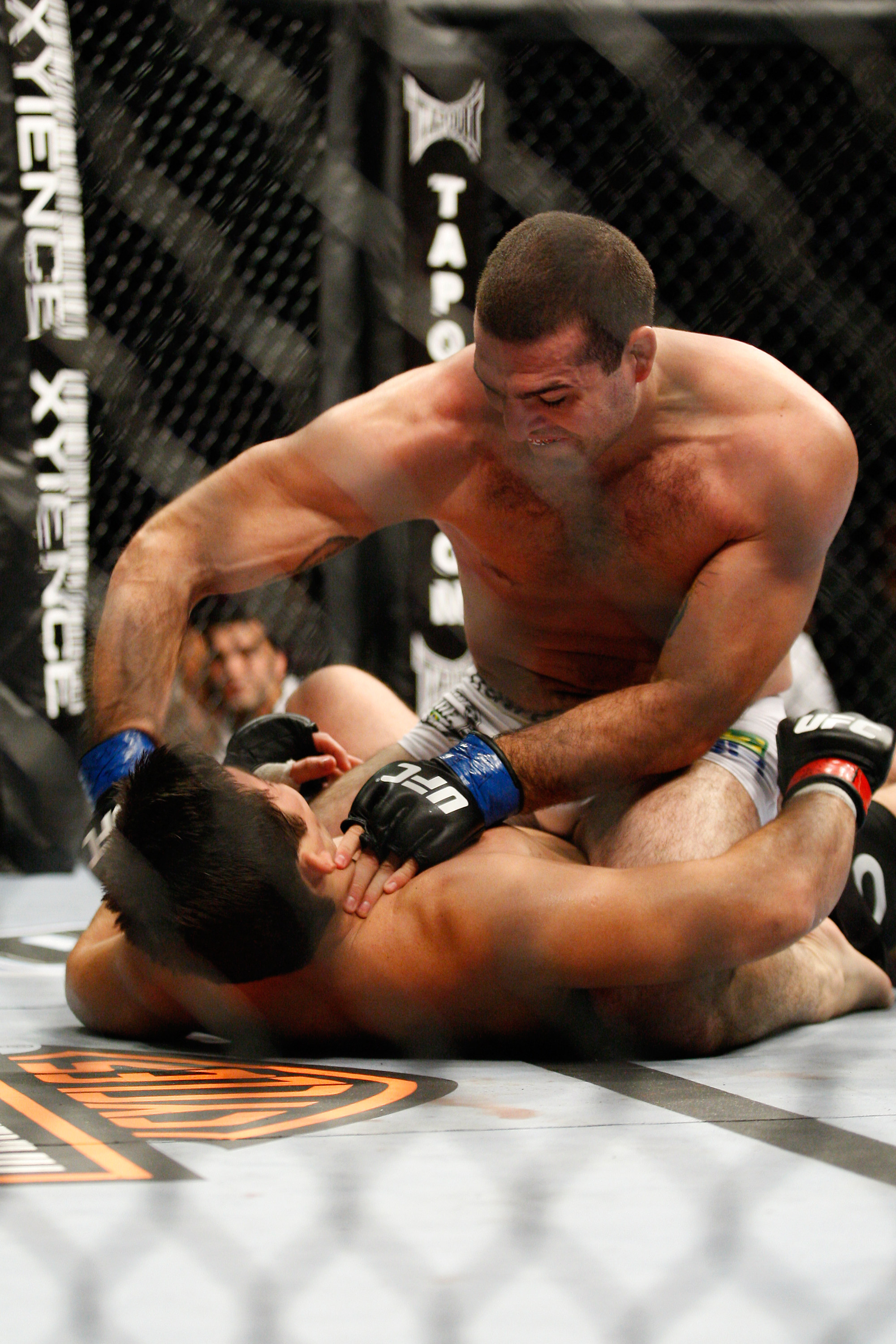 MONTREAL- MAY 8: Mauricio 'Shogun' Rua (top) punches Lyoto Machida in their light heavyweight bout at UFC 113 at Bell Centre on May 8, 2010 in Montreal, Quebec, Canada.  (Photo by Richard Wolowicz/Getty Images)
