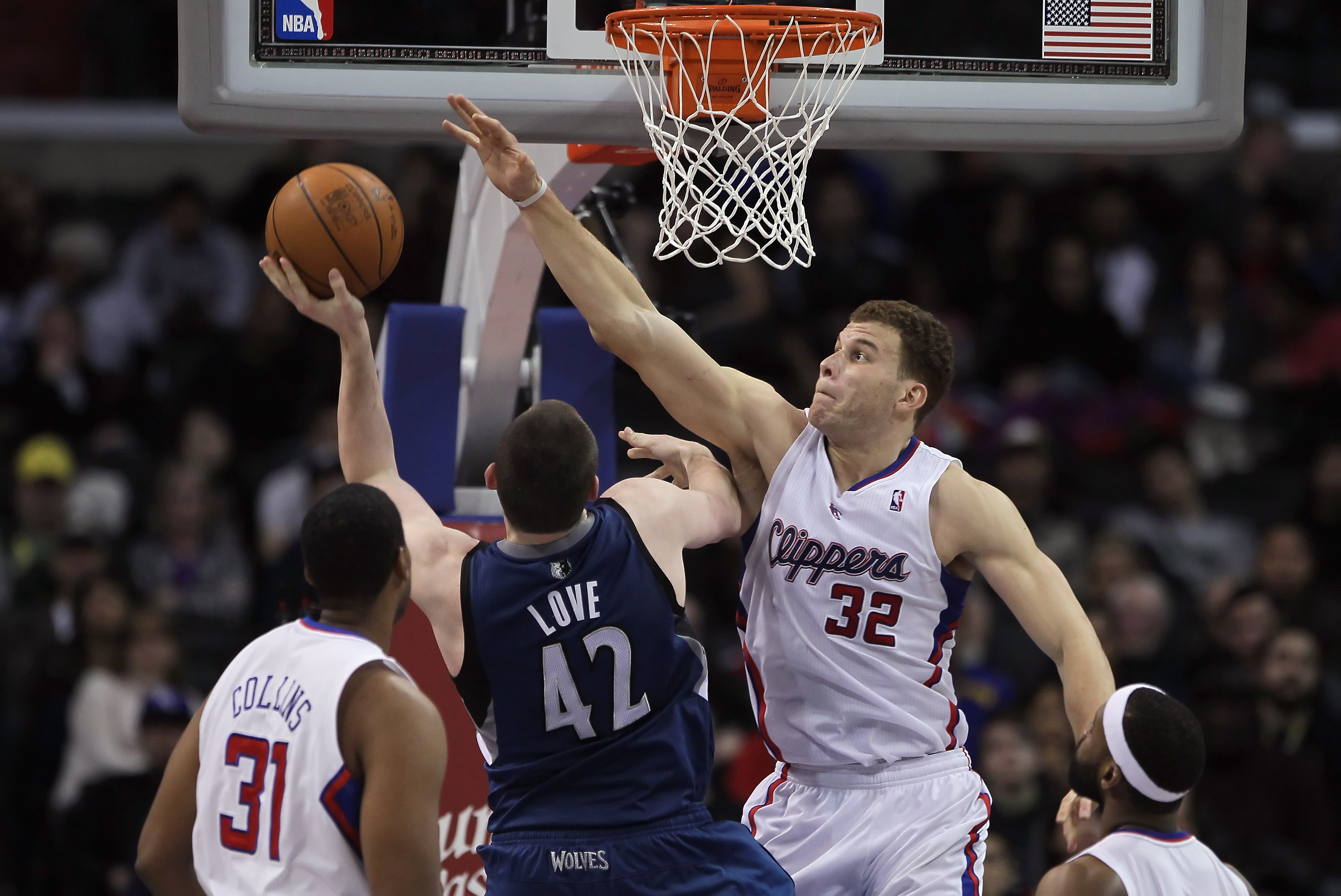 LOS ANGELES, CA - DECEMBER 20:  Blake Griffin #32 of the Los Angeles Clippers defends against Kevin Love #42 of the Minnesota Timberwolves during the second half at Staples Center on December 20, 2010 in Los Angeles, California. The Clippers defeated the