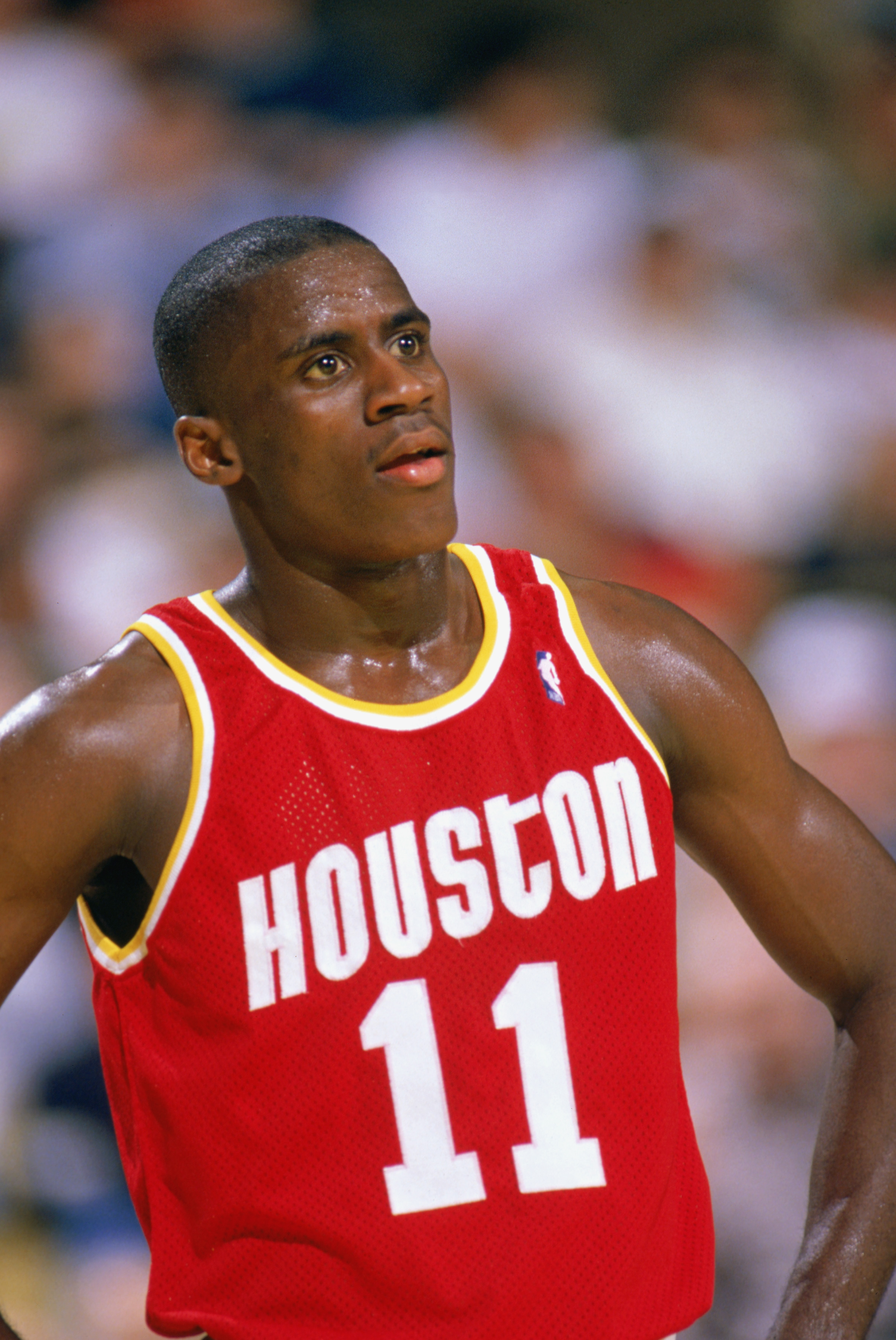 1989:  Vernon Maxwell #11 of the Houston Rockets looks on during a game in the1989-90 season.  NOTE TO USER: User expressly acknowledges and agrees that, by downloading and/or using this Photograph, User is consenting to the terms and conditions of the Ge