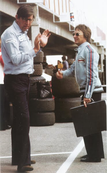 Bernie and the late Ken Tyrell enjoy an exchange of views.