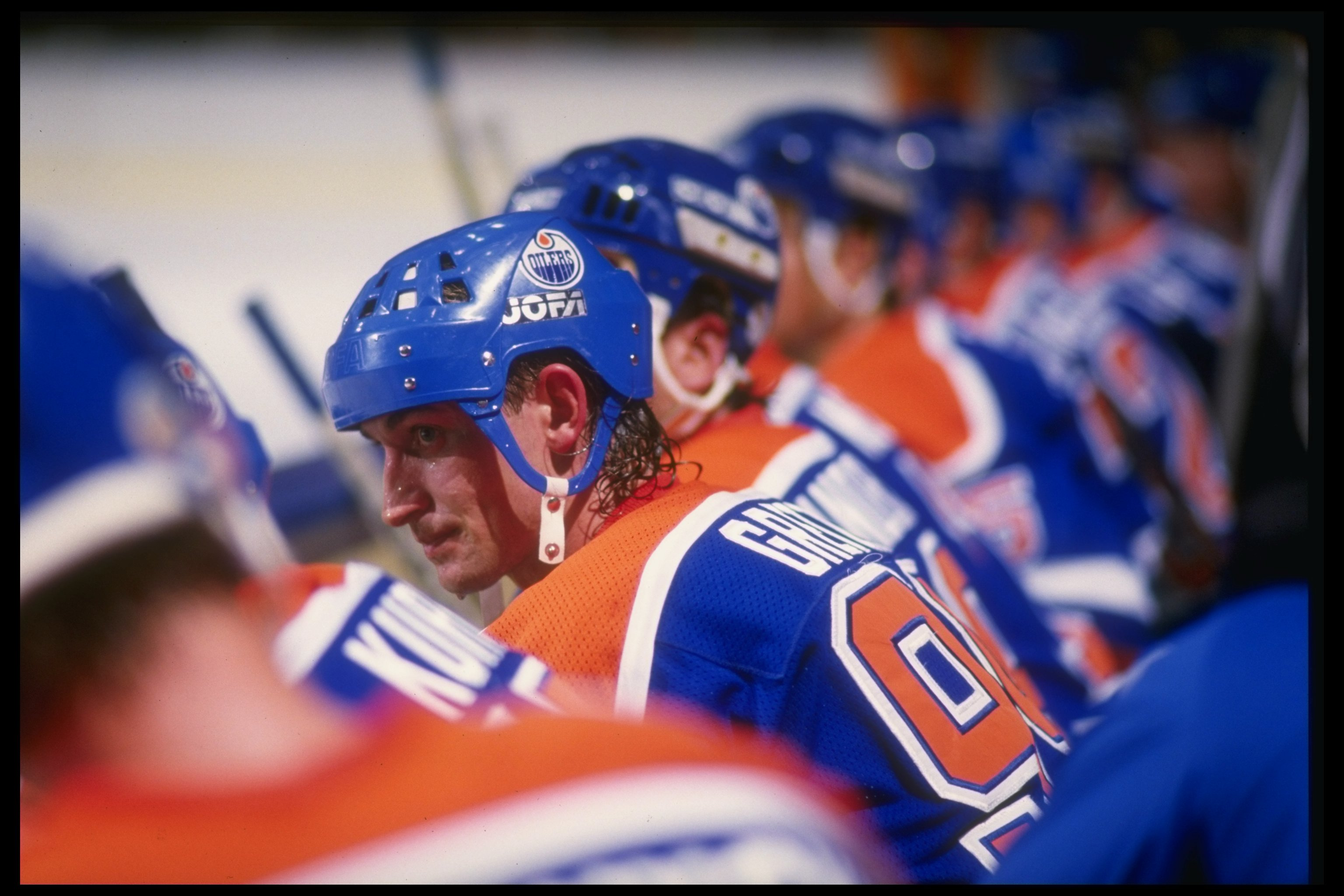 1987:  Center Wayne Gretzky of the Edmonton Oilers looks on during a game against the Los Angeles Kings at the Great Western Forum in Inglewood, California. Mandatory Credit: Mike Powell  /Allsport