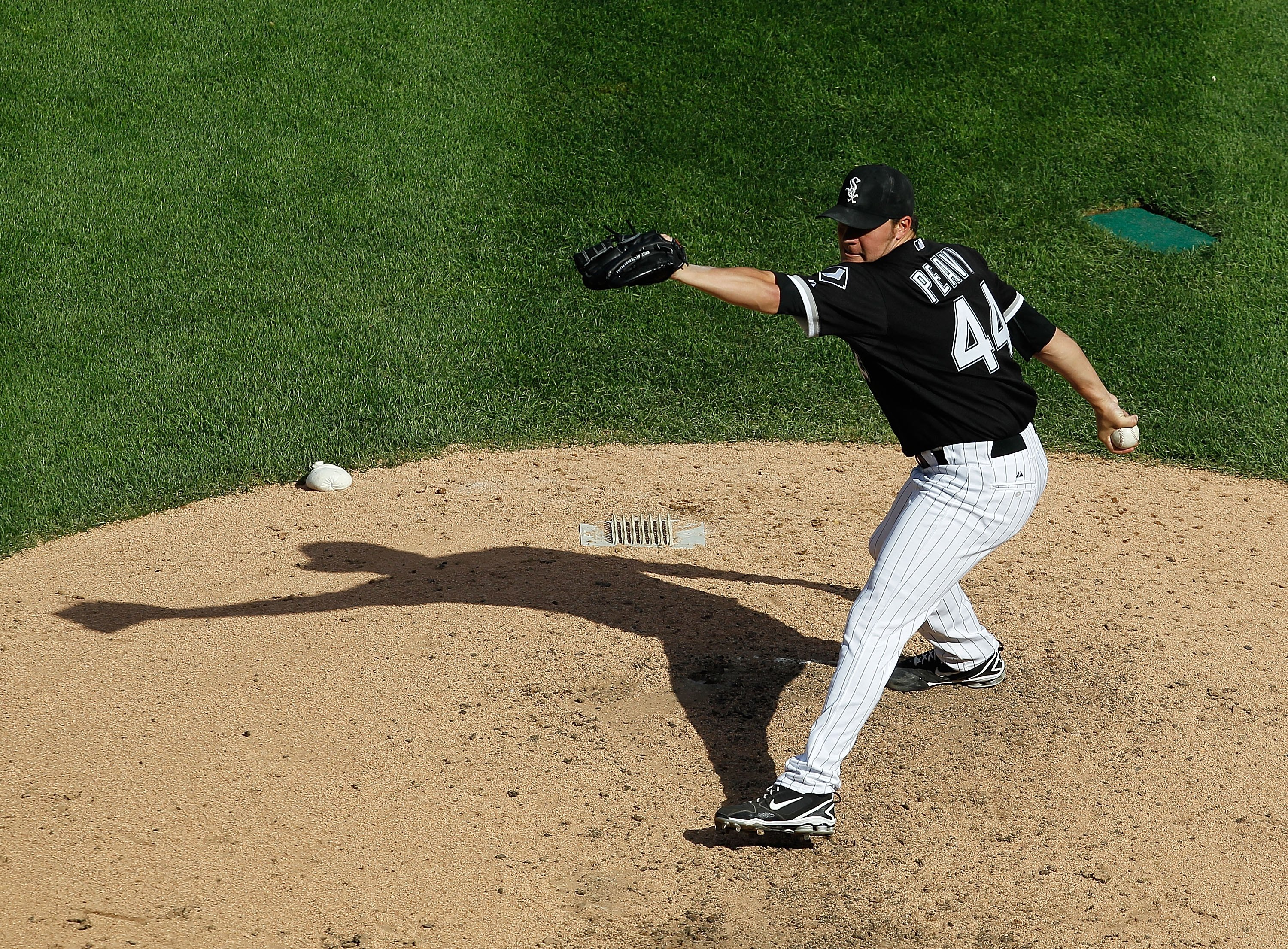 CHICAGO - JUNE 25: Starting pitcher Jake Peavy #44 of the Chicago White Sox delivers the ball against the Chicago Cubs at U.S. Cellular Field on June 25, 2010 in Chicago, Illinois. The White Sox defeated the Cubs 6-0. (Photo by Jonathan Daniel/Getty Image