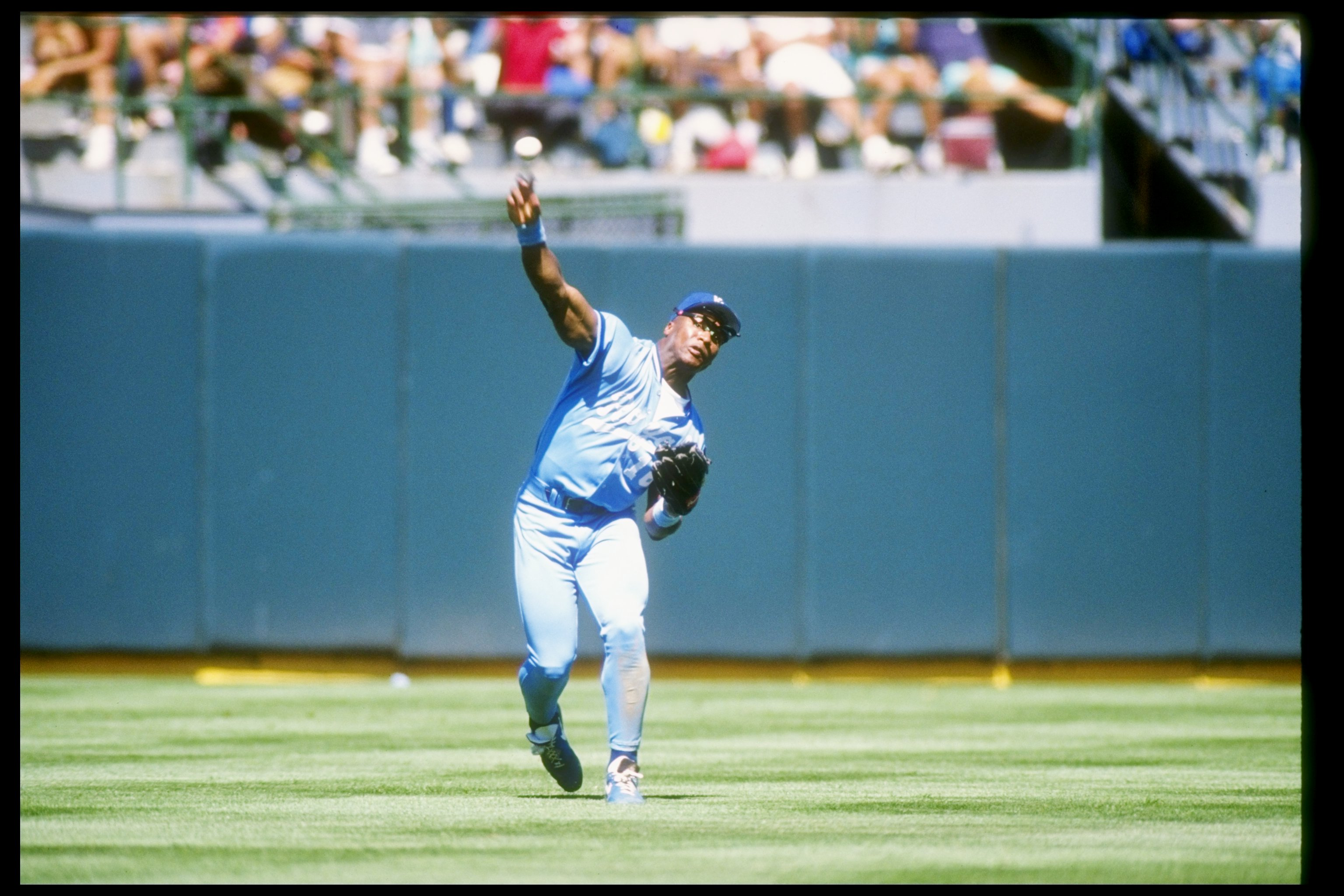 1990:  Bo Jackson of the Kansas City Royals in action during a game at Royals Stadium in Kansas City, Missouri.  Mandatory Credit: Otto Greule  /Allsport