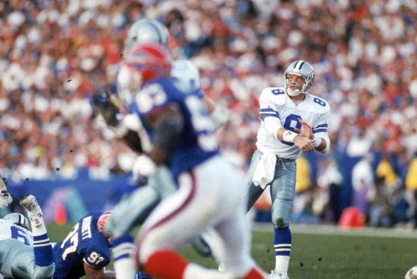 PASADENA, CA - JANUARY 31:  Quarterback Troy Aikman #8 of the Dallas Cowboys throws a pass during Super Bowl XXVII against the Buffalo Bills at the Rose Bowl on January 31, 1993 in Pasadena, California.  The Cowboys won 52-17.  (Photo by George Rose/Getty