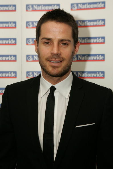 LONDON - FEBRUARY 03:  Jamie Redknapp poses for the camera as he arrives for the HMV Football Extravaganza at the Grovesnor Hotel on February 3, 2009 in London, England.  (Photo by Christopher Lee/Getty Images)