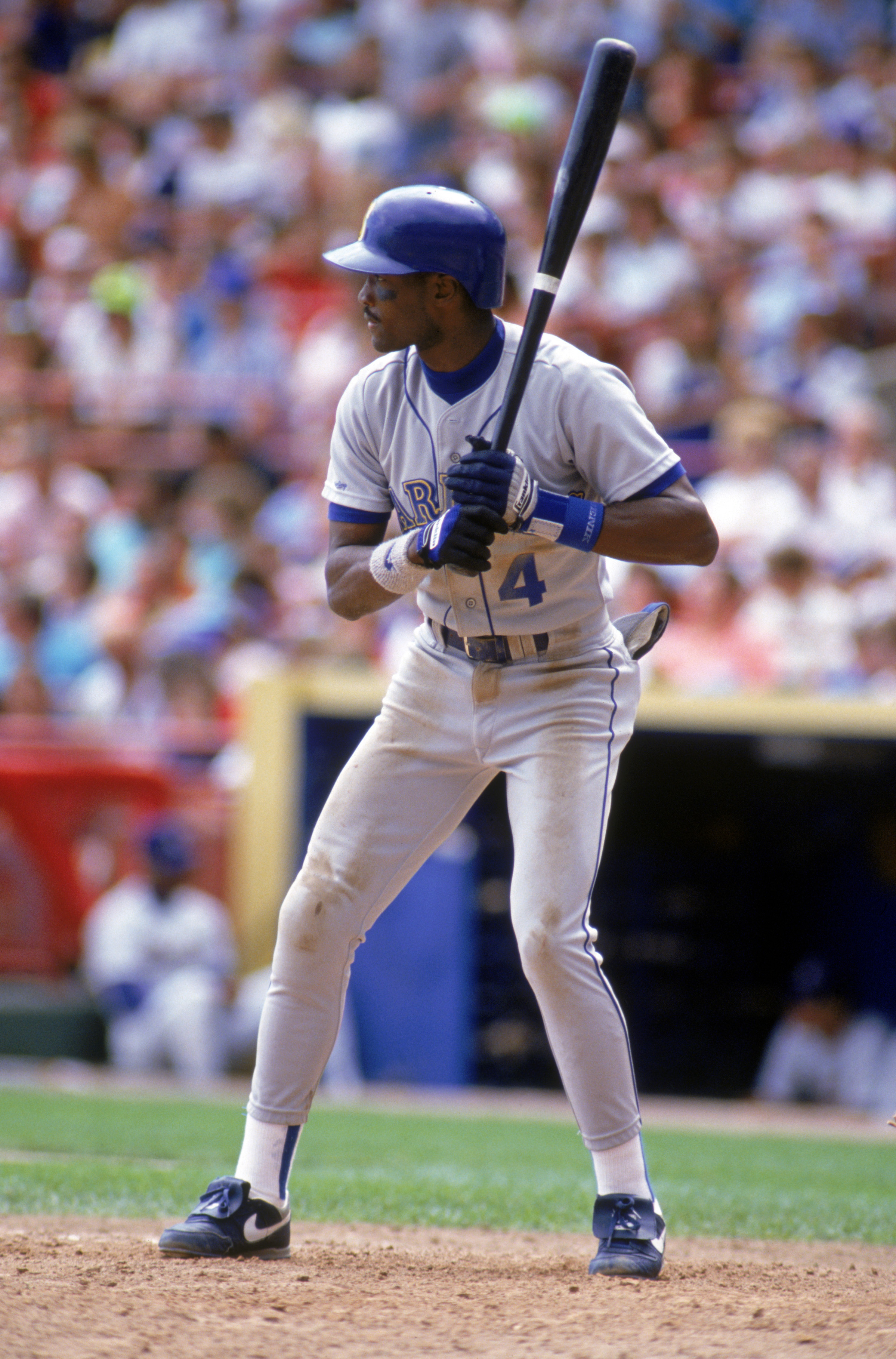 MILWAUKEE - 1990:  Harold Reynolds #4 of the Seattle Mariners bats during a game in the 1990 season against the Milwaukee Brewers at County Stadium in Milwaukee, Wisconsin.  (Photo by Jonathan Daniel/Getty Images)