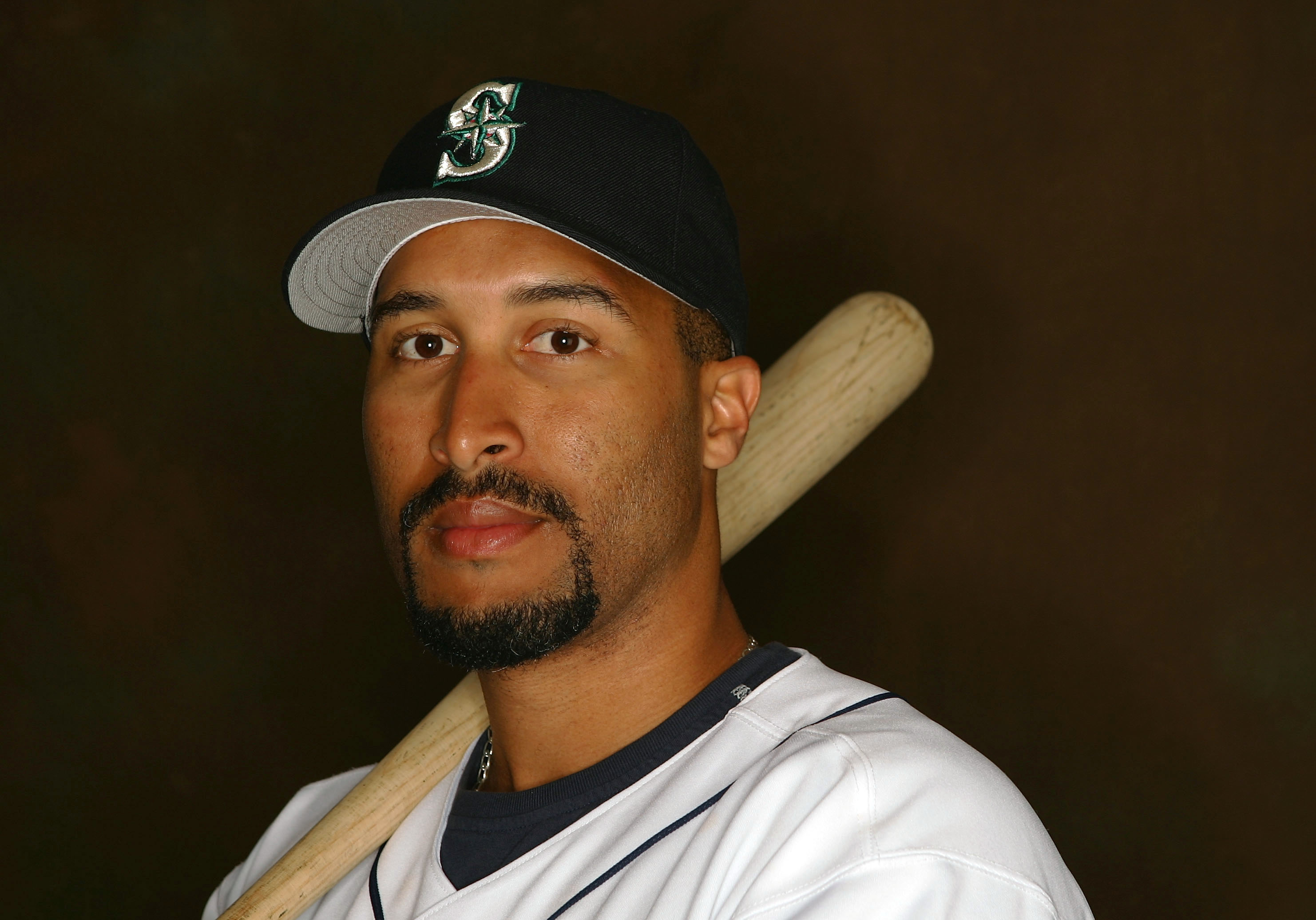 PEORIA, AZ - FEBRUARY 27:  Randy Winn #2 of the Seattle Mariners poses for a portrait during the Seattle Mariners Photo Day on February 27, 2005 at Peoria Stadium in Peoria, Arizona.  (Photo by Lisa Blumenfeld /Getty Images)