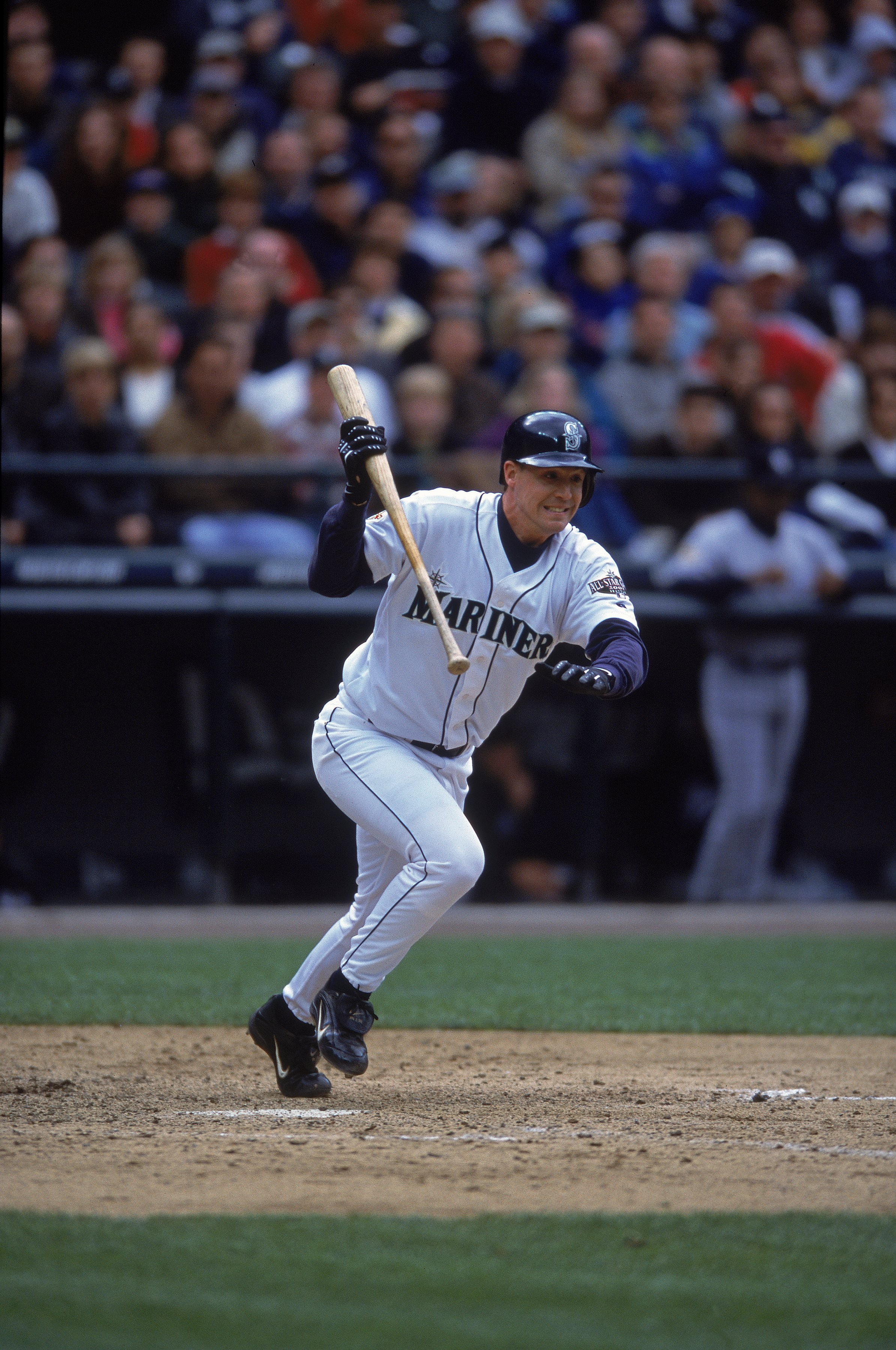 19 May 2001:  David Bell #25 of the Seattle Mariners starts to run to base after hitting the ball during the game against the New York Yankees at Safeco Field in Seattle, Washington. The Yankees defeated the Mariners 2-1.Mandatory Credit: Otto Greule Jr