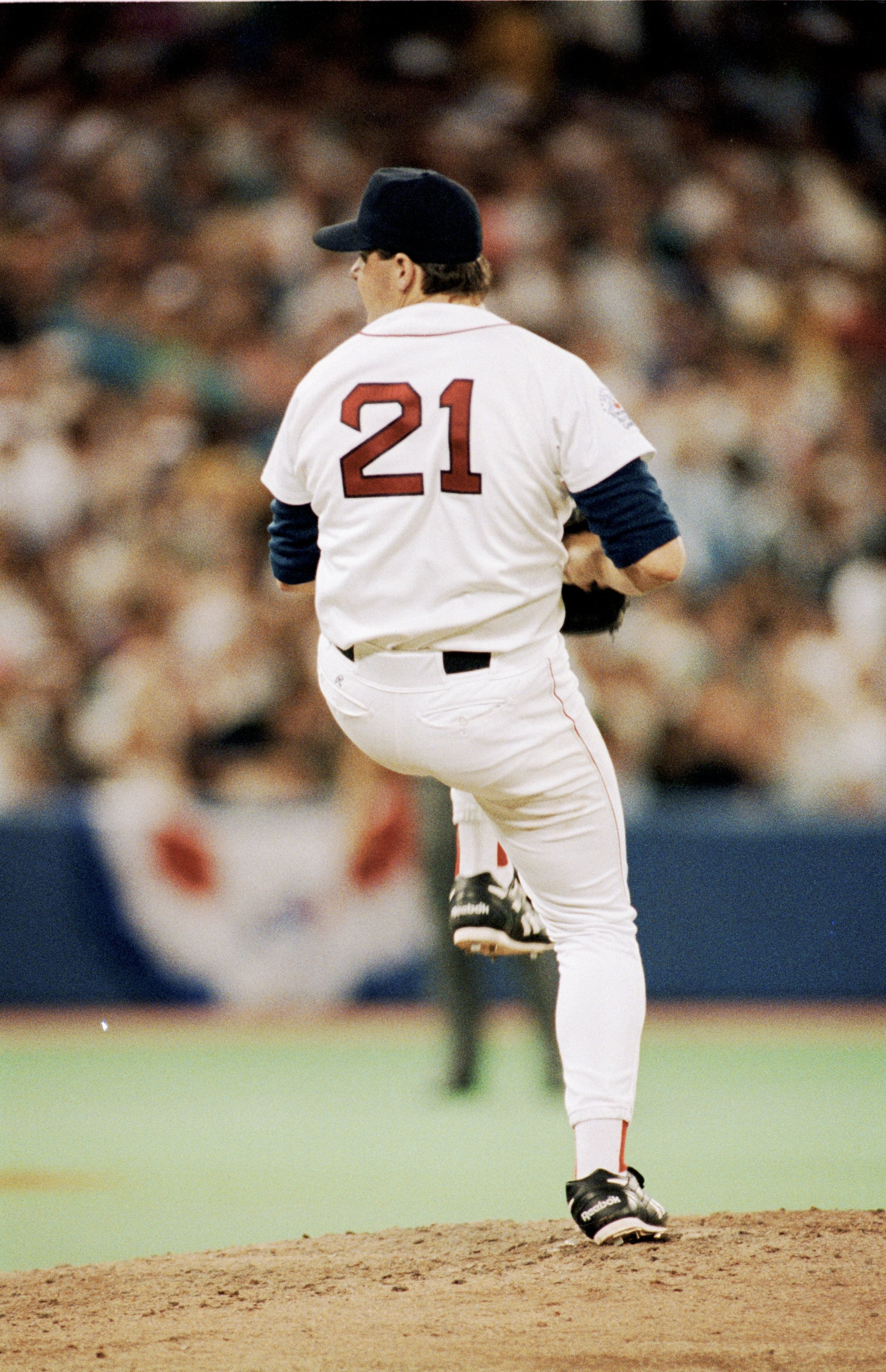 TORONTO - JULY 9:  Roger Clemens #21 of the Boston Red Sox pitches during the1991 All-Star Game at the Toronto Sky Dome on July 9, 1991 in Toronto, Ontario, Canada. (Photo by Rick Stewart/Getty Images)