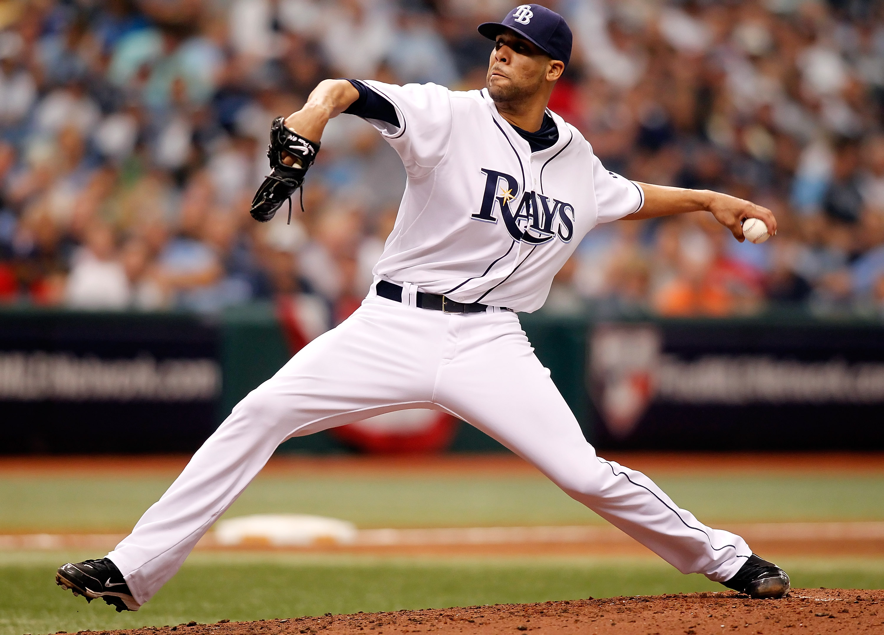ST. PETERSBURG - OCTOBER 06:  Pitcher David Price #14 of the Tampa Bay Rays pitches against the Texas Rangers during Game 1 of the ALDS at Tropicana Field on October 6, 2010 in St. Petersburg, Florida.  (Photo by J. Meric/Getty Images)