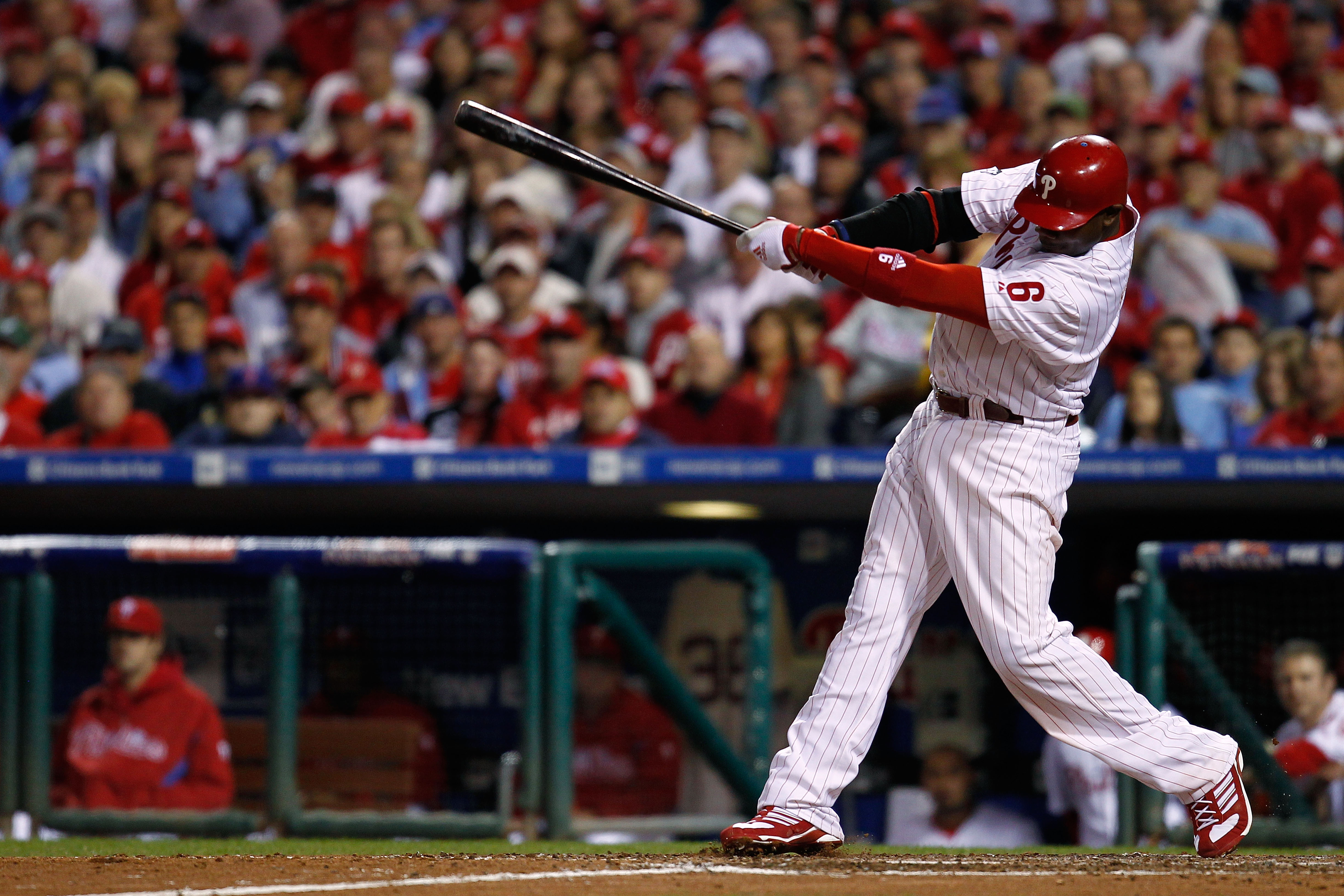 PHILADELPHIA - OCTOBER 17:  Ryan Howard #6 of the Philadelphia Phillies singles in the fifth inning against the San Francisco Giants in Game Two of the NLCS during the 2010 MLB Playoffs at Citizens Bank Park on October 17, 2010 in Philadelphia, Pennsylvan