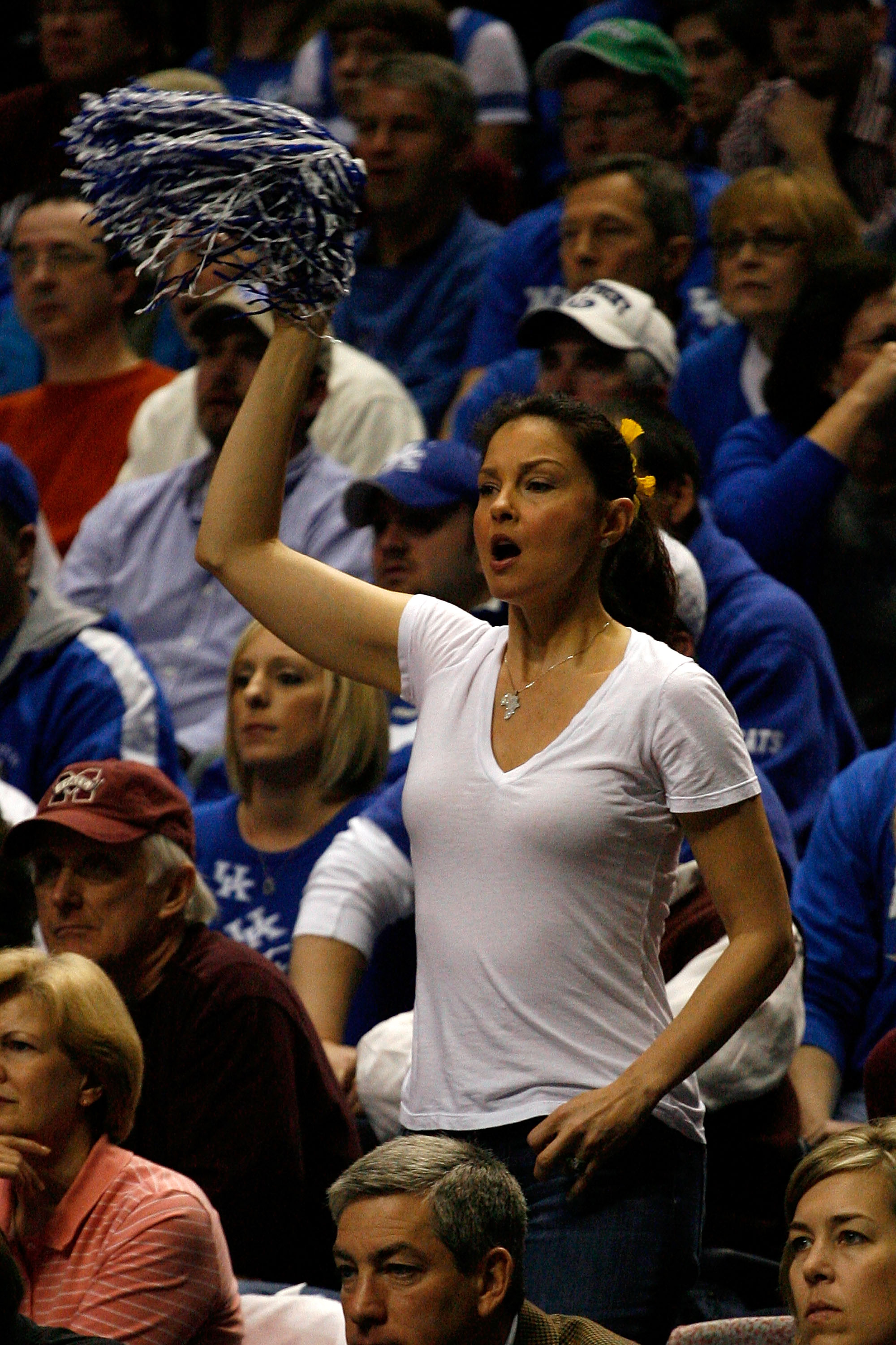 NASHVILLE, TN - MARCH 14:  Actress Ashley Judd cheers for the Kentucky Wildcats against the Mississippi State Bulldogs during the final of the SEC Men's Basketball Tournament at the Bridgestone Arena on March 14, 2010 in Nashville, Tennessee.  (Photo by C