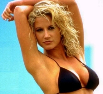 Tammy Lynn Sytch, aka Sunny, was one of the most searched people on the internet at one time. We can see why.