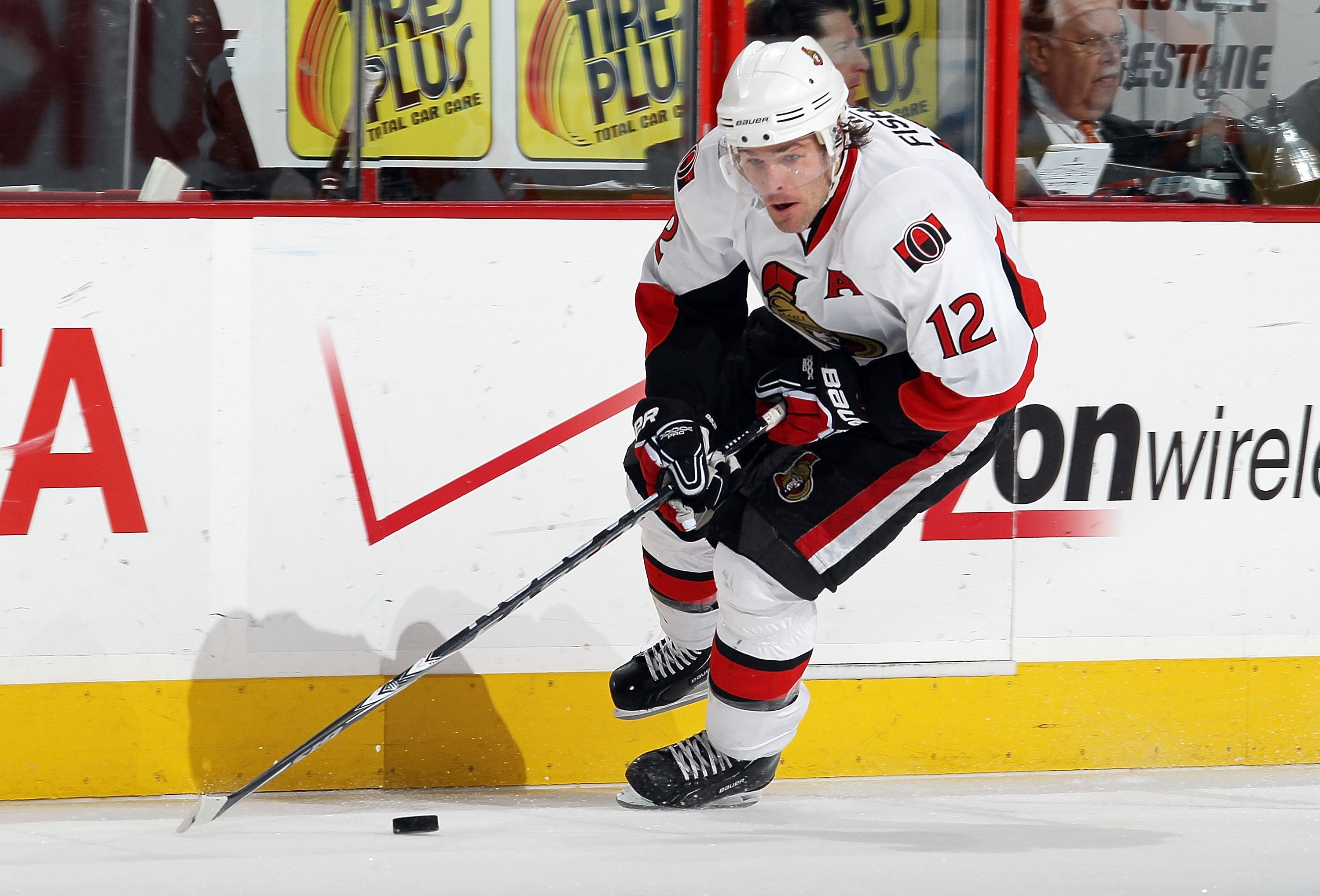 PHILADELPHIA, PA - JANUARY 20:  Mike Fisher #12 of the Ottawa Senators skates against the Philadelphia Flyers on January 20, 2011 at Wells Fargo Center in Philadelphia, Pennsylvania.  (Photo by Jim McIsaac/Getty Images)