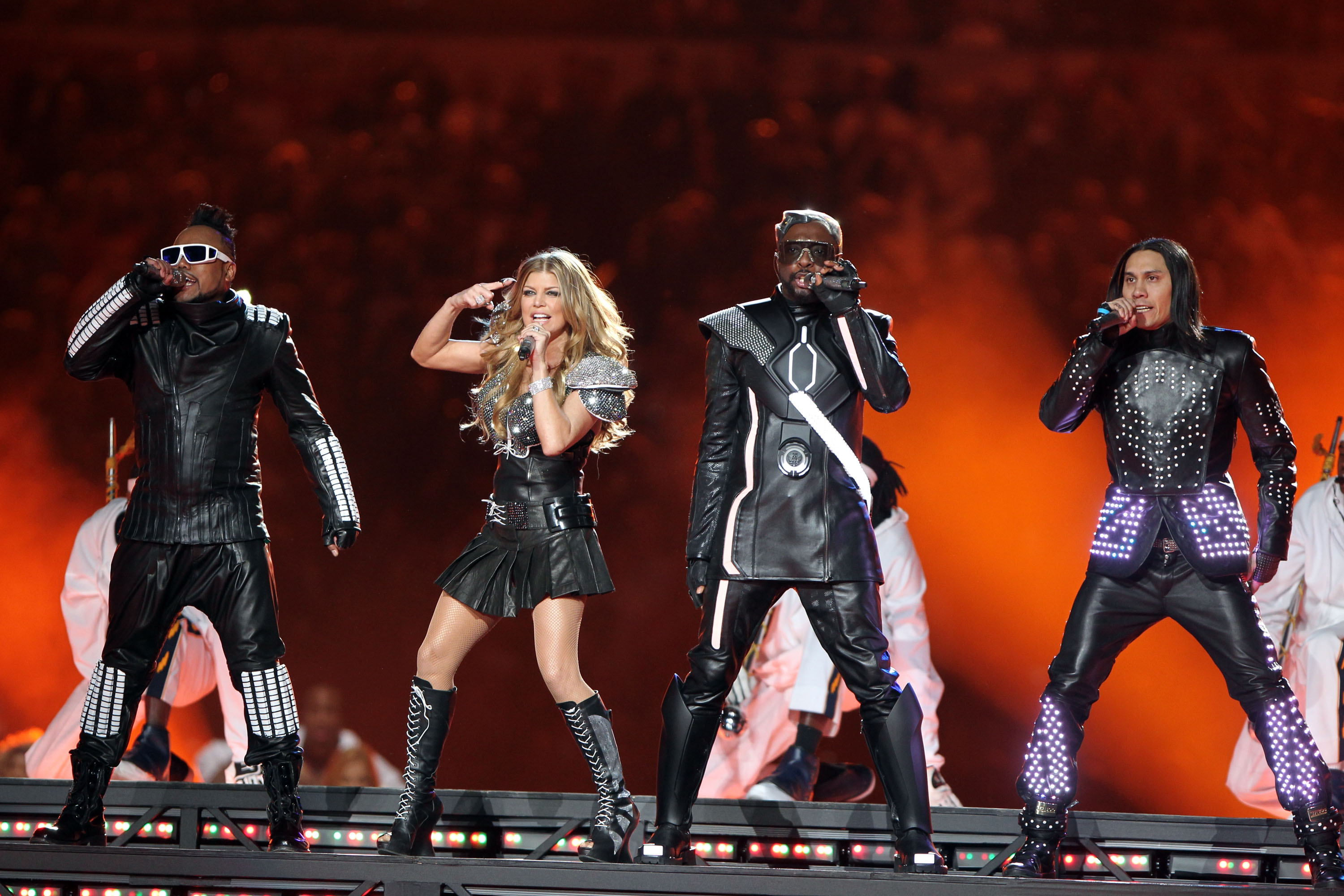 Super Bowl XLV, Christina Aguilera, Black Eyed Peas and the Swagger Buzz