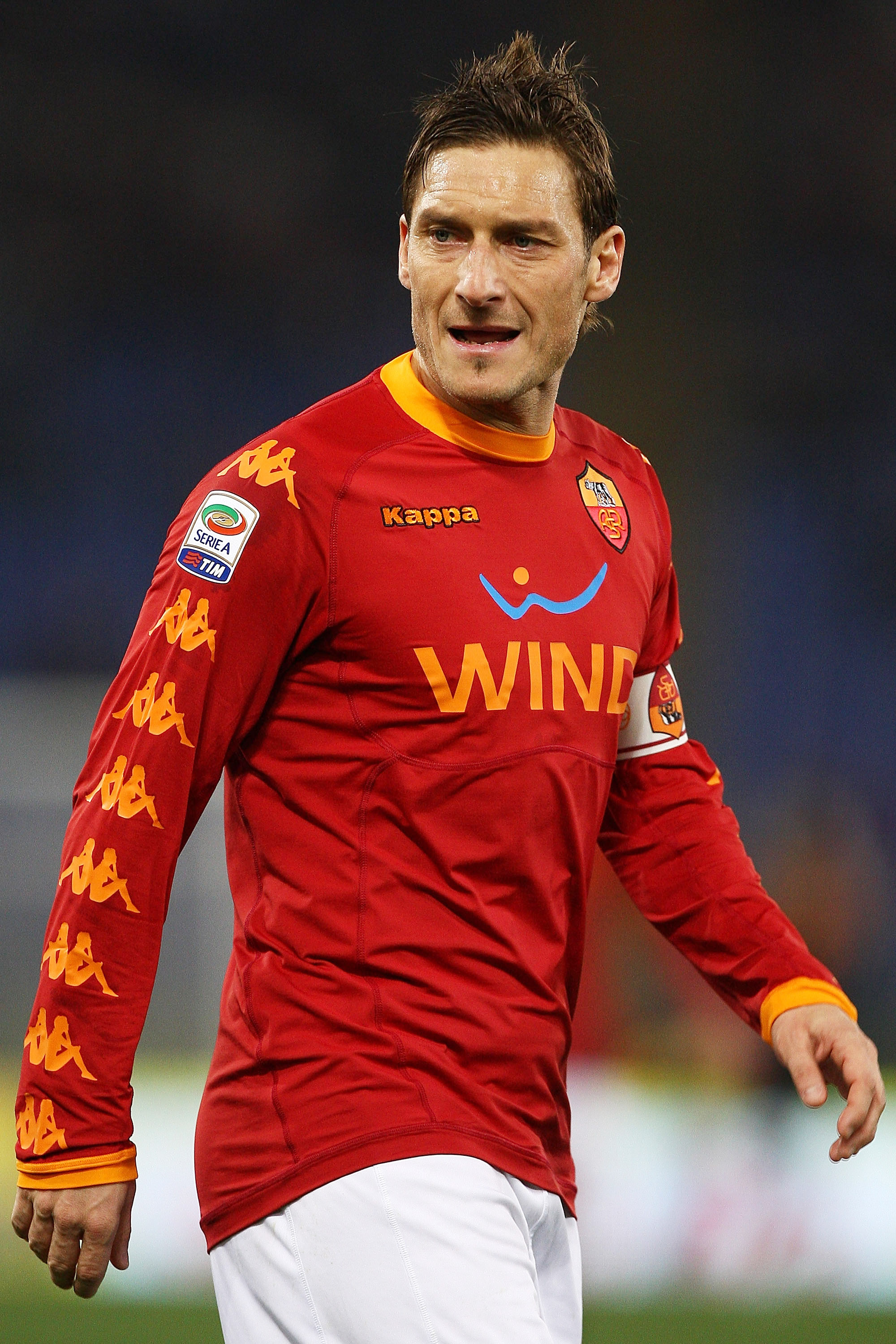 ROME, ITALY - FEBRUARY 02:  Francesco Totti of AS Roma looks on during the Serie A match between AS Roma and Brescia Calcio at Stadio Olimpico on February 2, 2011 in Rome, Italy.  (Photo by Paolo Bruno/Getty Images)