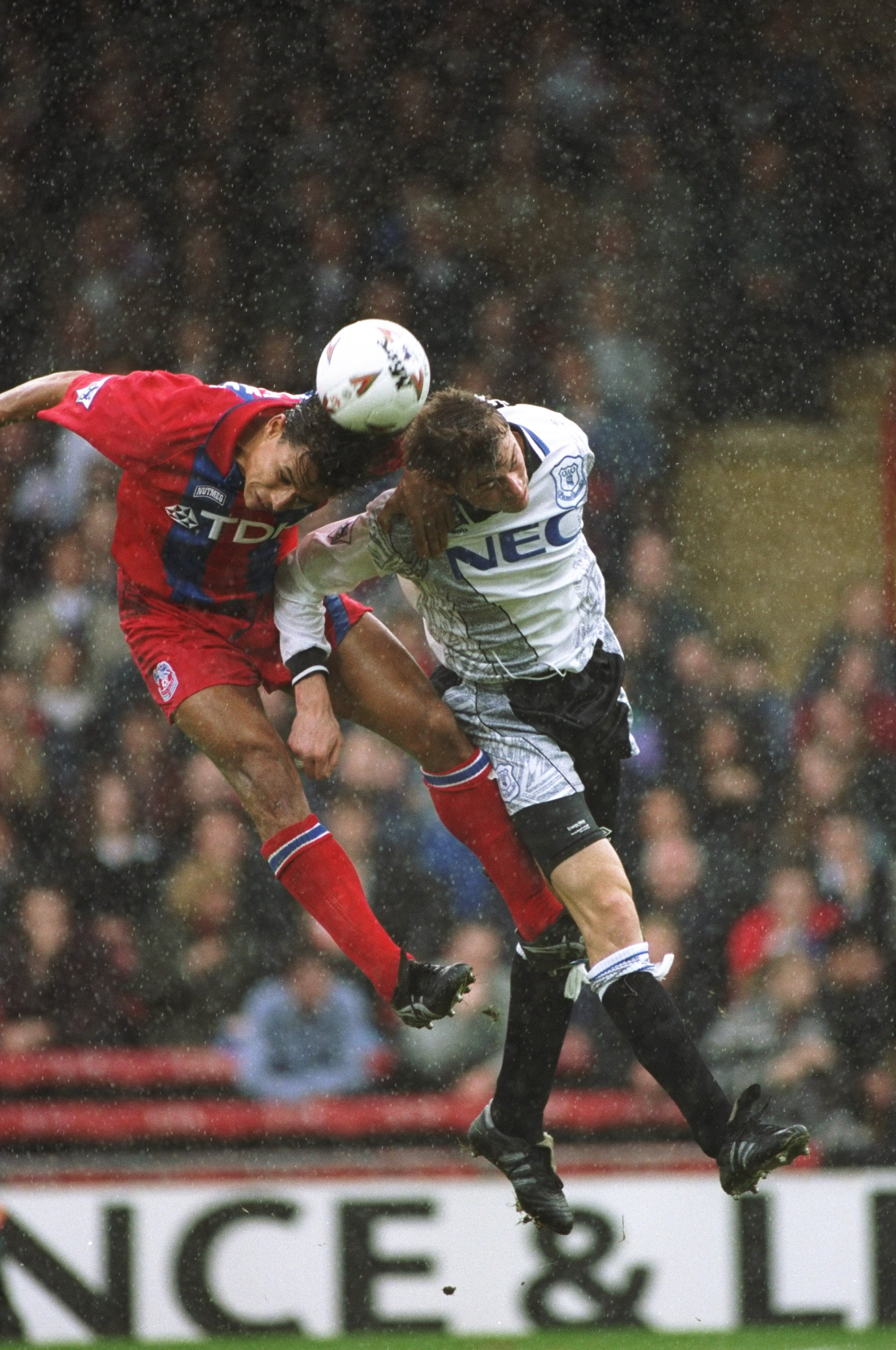 22 Oct 1994:  Chris Coleman of Crystal Palace and Duncan Ferguson of Everton jump for the ball during an FA Carling Premiership match at Selhurst Park in London. Crystal Palace won the match 1-0. \ Mandatory Credit: Dan  Smith/Allsport