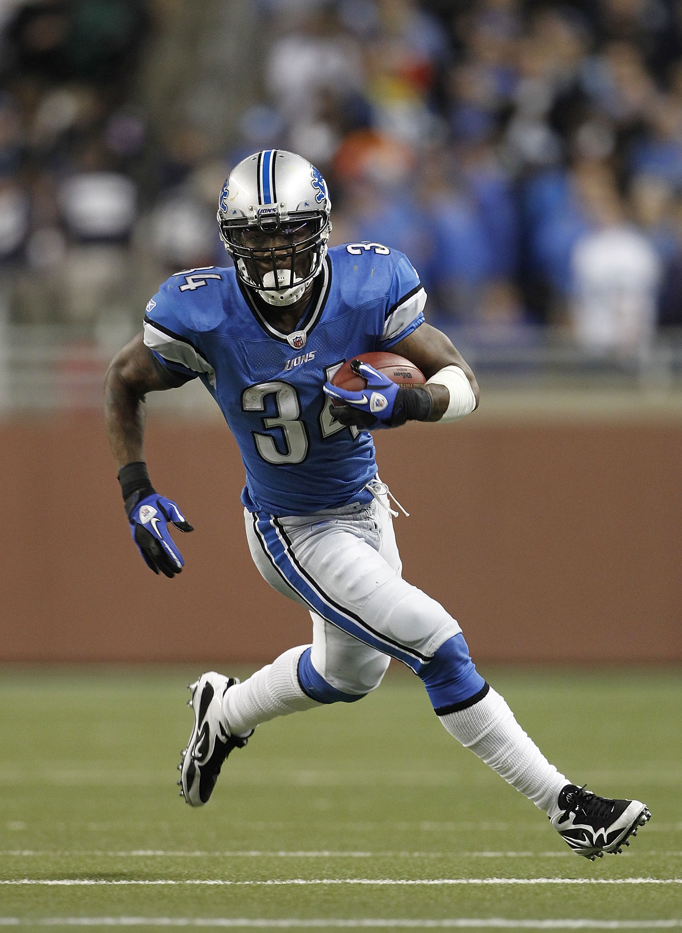 Smith lost favor in Detroit because of injury and the investment in Jahvid Best.