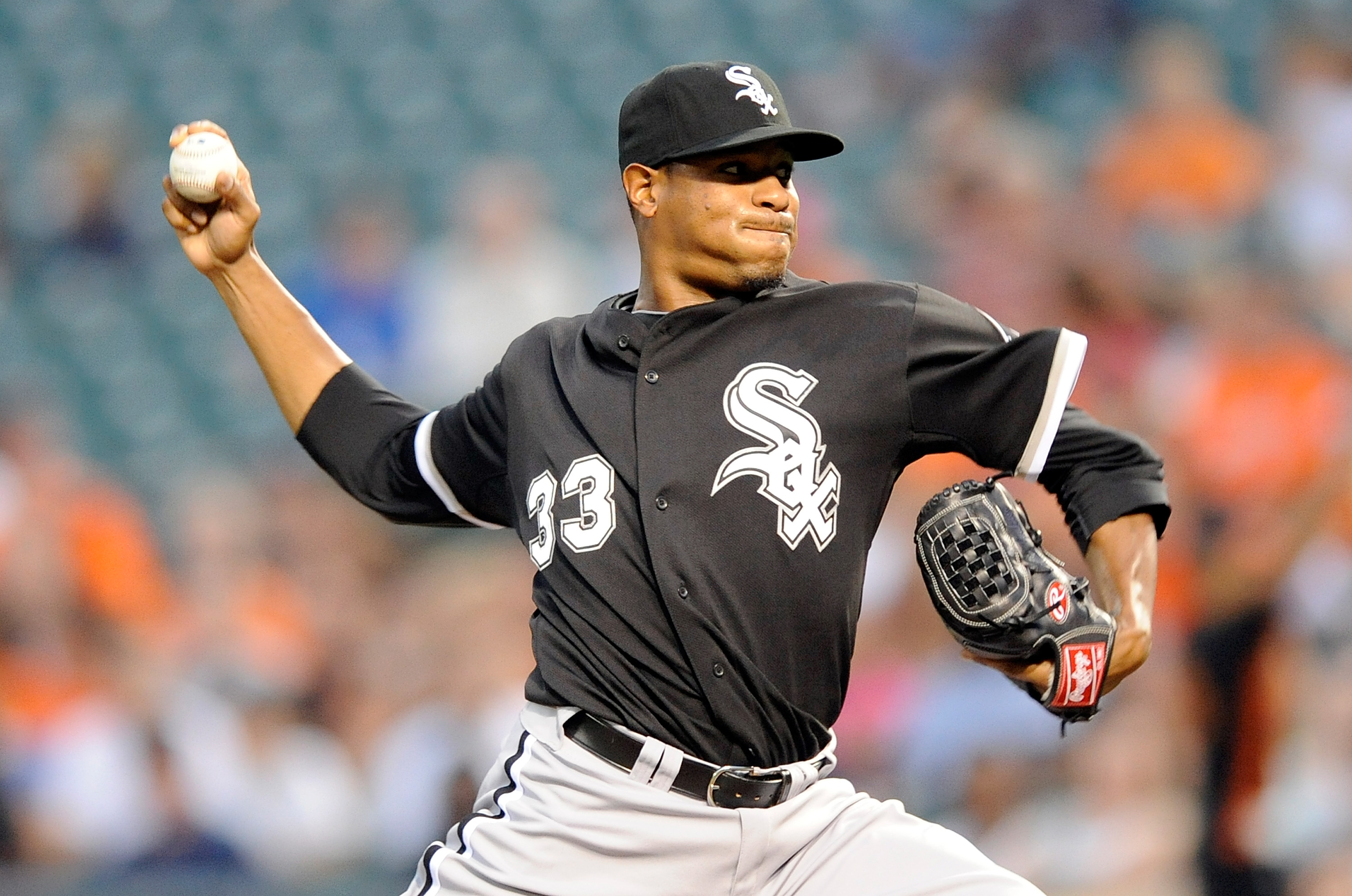 BALTIMORE - AUGUST 09:  Edwin Jackson #33 of the Chicago White Sox pitches against the Baltimore Orioles at Camden Yards on August 9, 2010 in Baltimore, Maryland.  (Photo by Greg Fiume/Getty Images)
