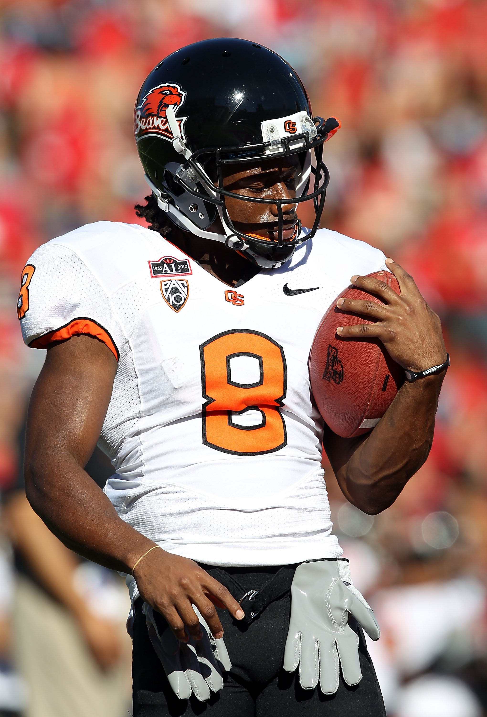 TUCSON, AZ - OCTOBER 09:  Wide receiver James Rodgers #8 of the Oregon State Beavers warms up before the college football game against the Arizona Wildcats at Arizona Stadium on October 9, 2010 in Tucson, Arizona. The Beavers defeated the Wildcats 29-27.
