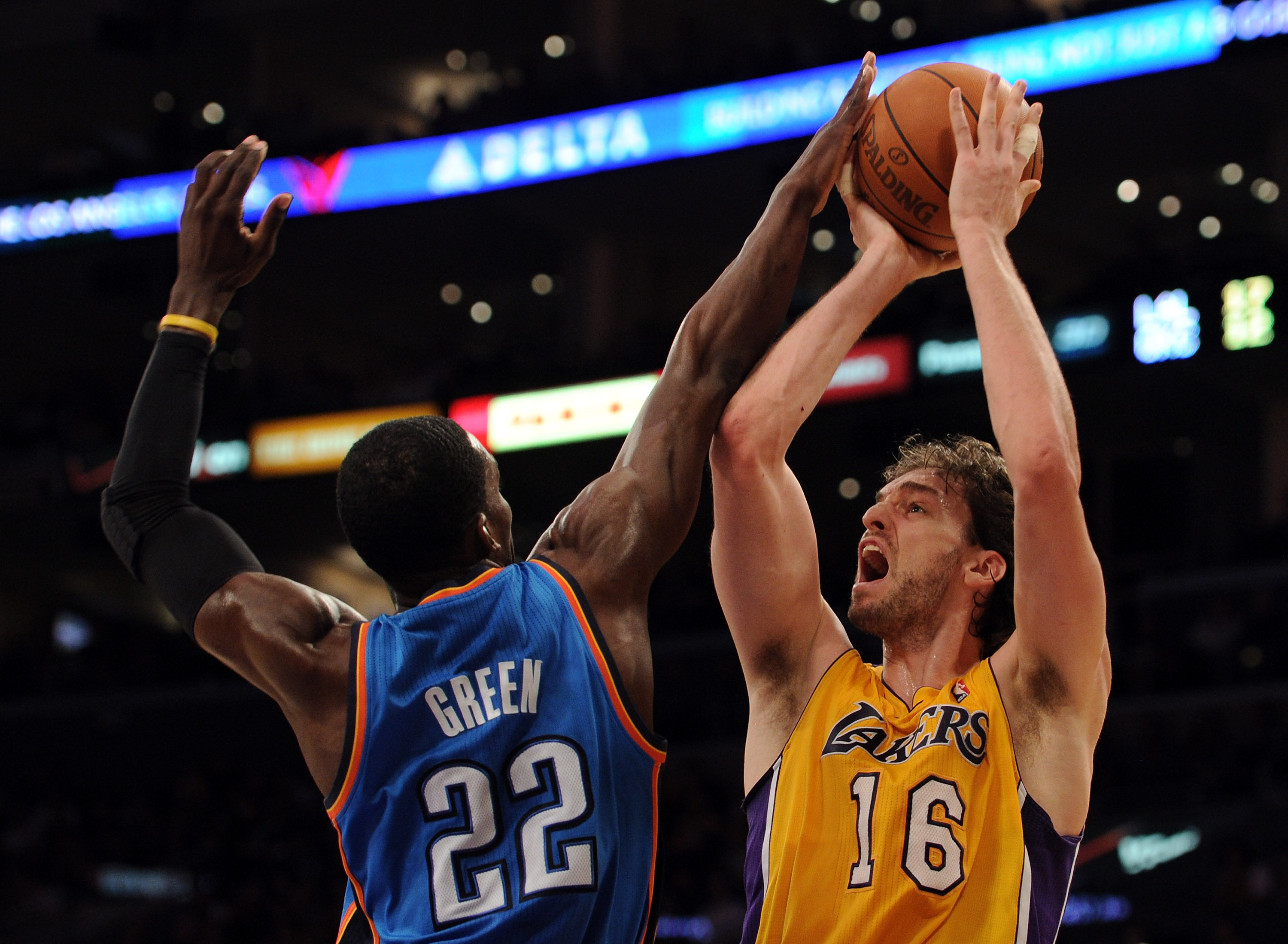 LOS ANGELES, CA - JANUARY 17:  Pau Gasol #16 of the Los Angeles Lakers has his shot blocked by Jeff Green #22 of the Oklahoma City Thunder at the Staples Center on January 17, 2011 in Los Angeles, California.  (Photo by Harry How/Getty Images)   NOTE TO U