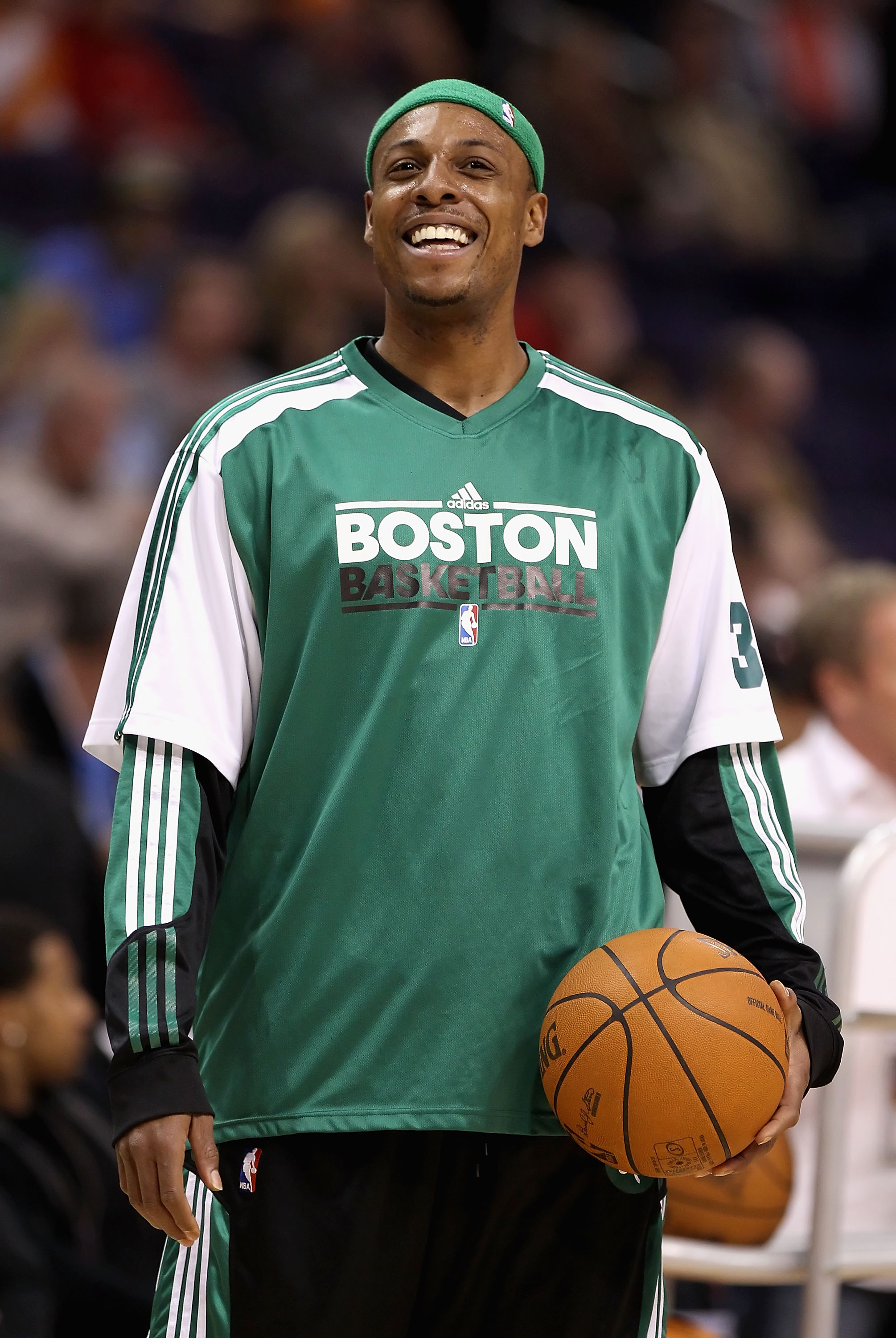 PHOENIX, AZ - JANUARY 28:  Paul Pierce #34 of the Boston Celtics warm up before the NBA game against the Phoenix Suns at US Airways Center on January 28, 2011 in Phoenix, Arizona. The Suns defeated the Celtics 88-71. NOTE TO USER: User expressly acknowled