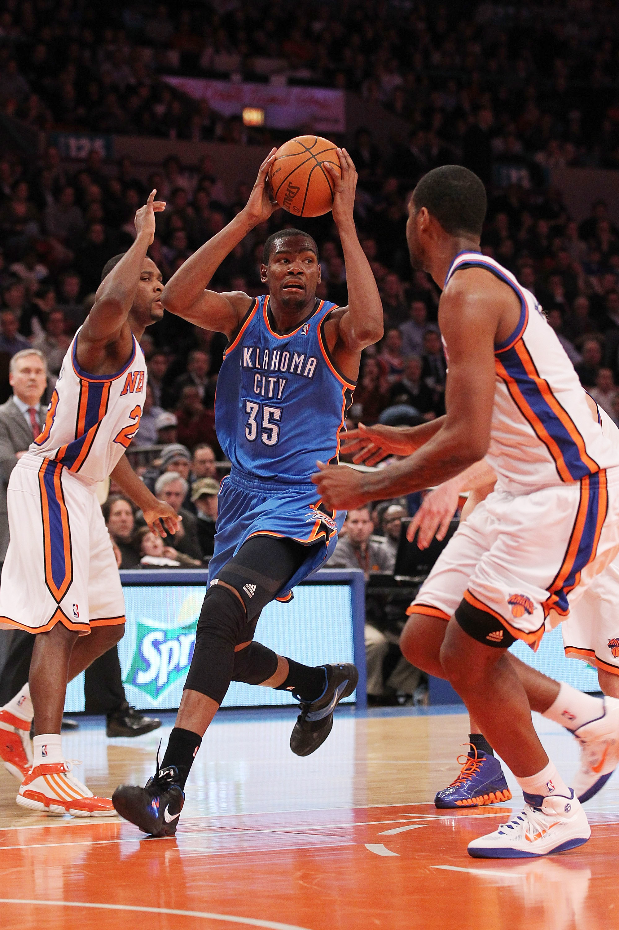 NEW YORK, NY - DECEMBER 22:  Kevin Durant #35 of the Oklahoma City Thunder drives against the New York Knicks at Madison Square Garden on December 22, 2010 in New York City.   NOTE TO USER: User expressly acknowledges and agrees that, by downloading and/o