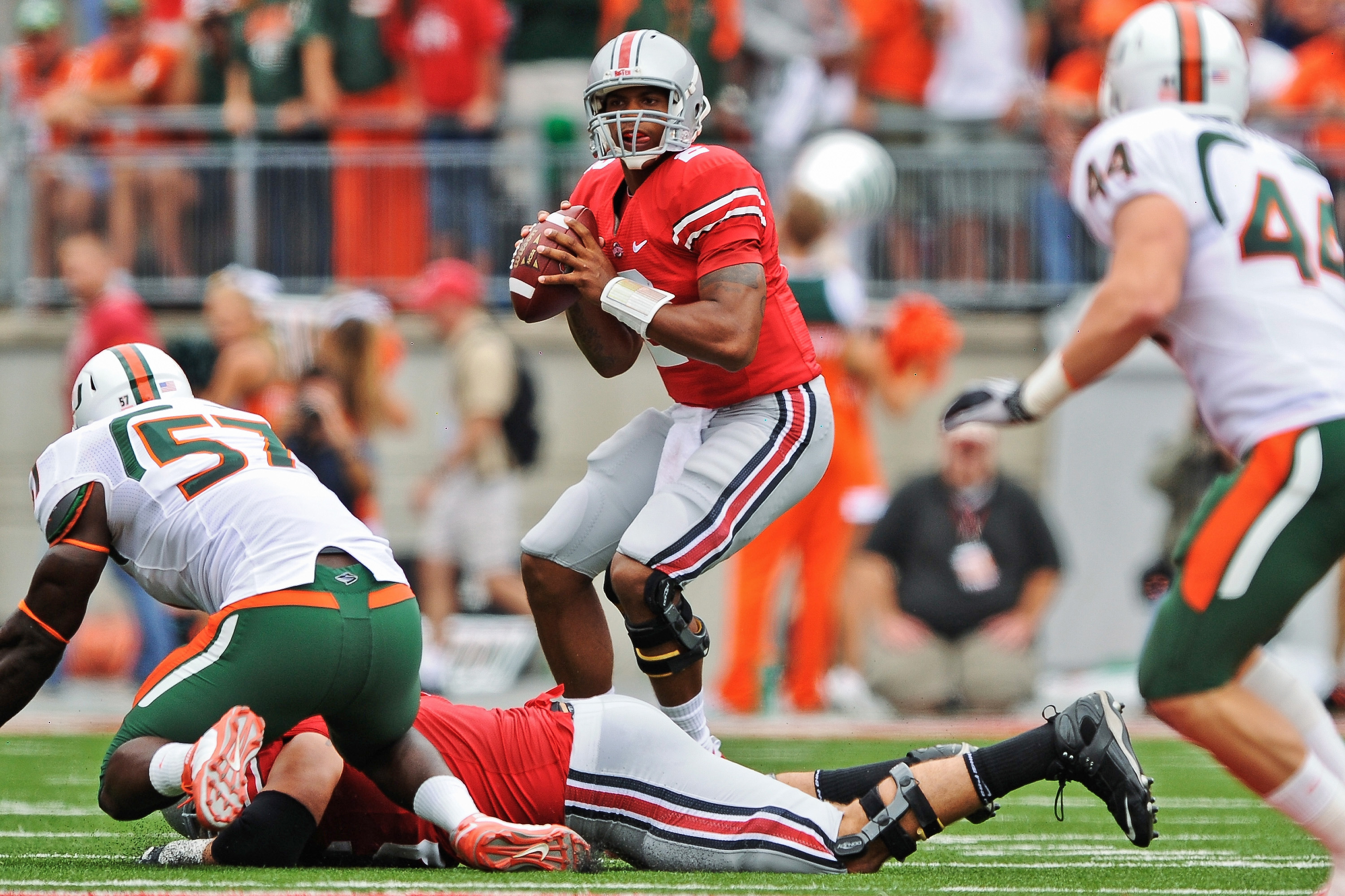 COLUMBUS, OH - SEPTEMBER 11:  Quarterback Terrelle Pryor #2 of the Ohio State Buckeyes passes the ball against the Miami Hurricanes at Ohio Stadium on September 11, 2010 in Columbus, Ohio.  (Photo by Jamie Sabau/Getty Images)
