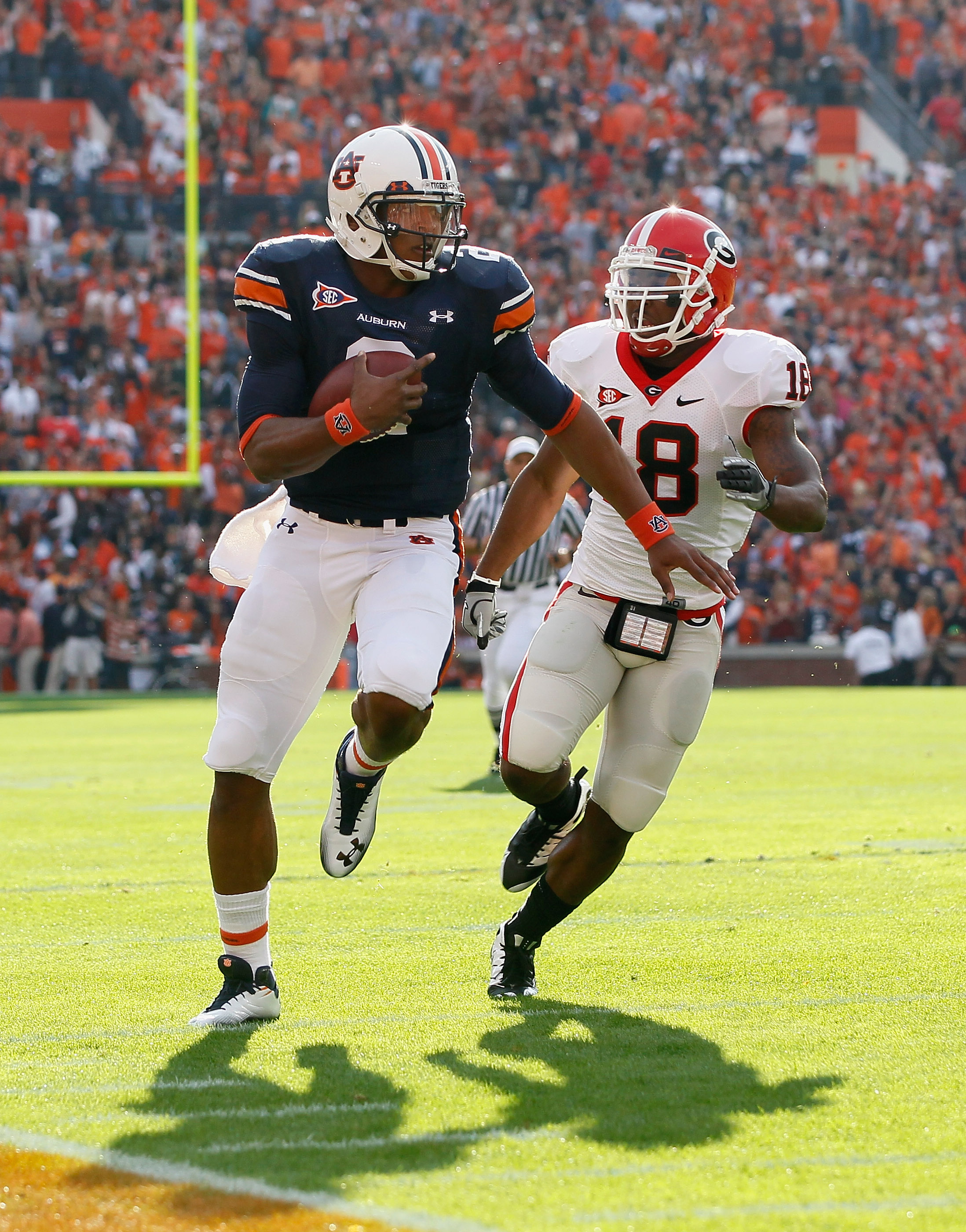 AUBURN, AL - NOVEMBER 13:  Quarterback Cam Newton #2 of the Auburn Tigers against Bacarri Rambo #18 of the Georgia Bulldogs at Jordan-Hare Stadium on November 13, 2010 in Auburn, Alabama.  (Photo by Kevin C. Cox/Getty Images)