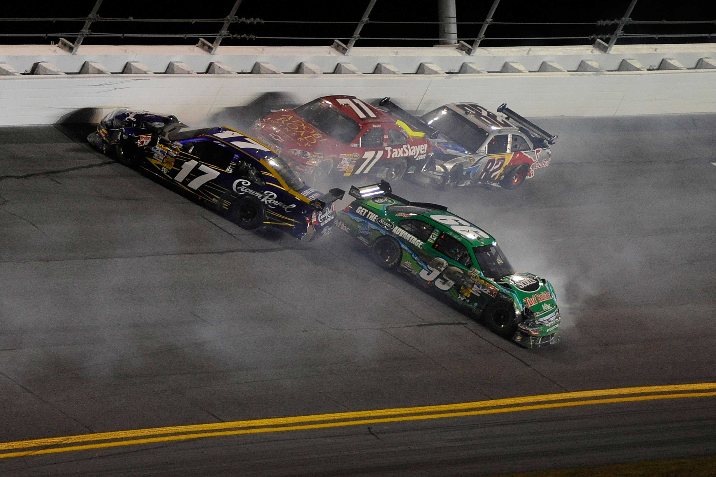 Carl Edwards 2010 Bud Shootout ended in a pile up with teammate Matt Kenseth.