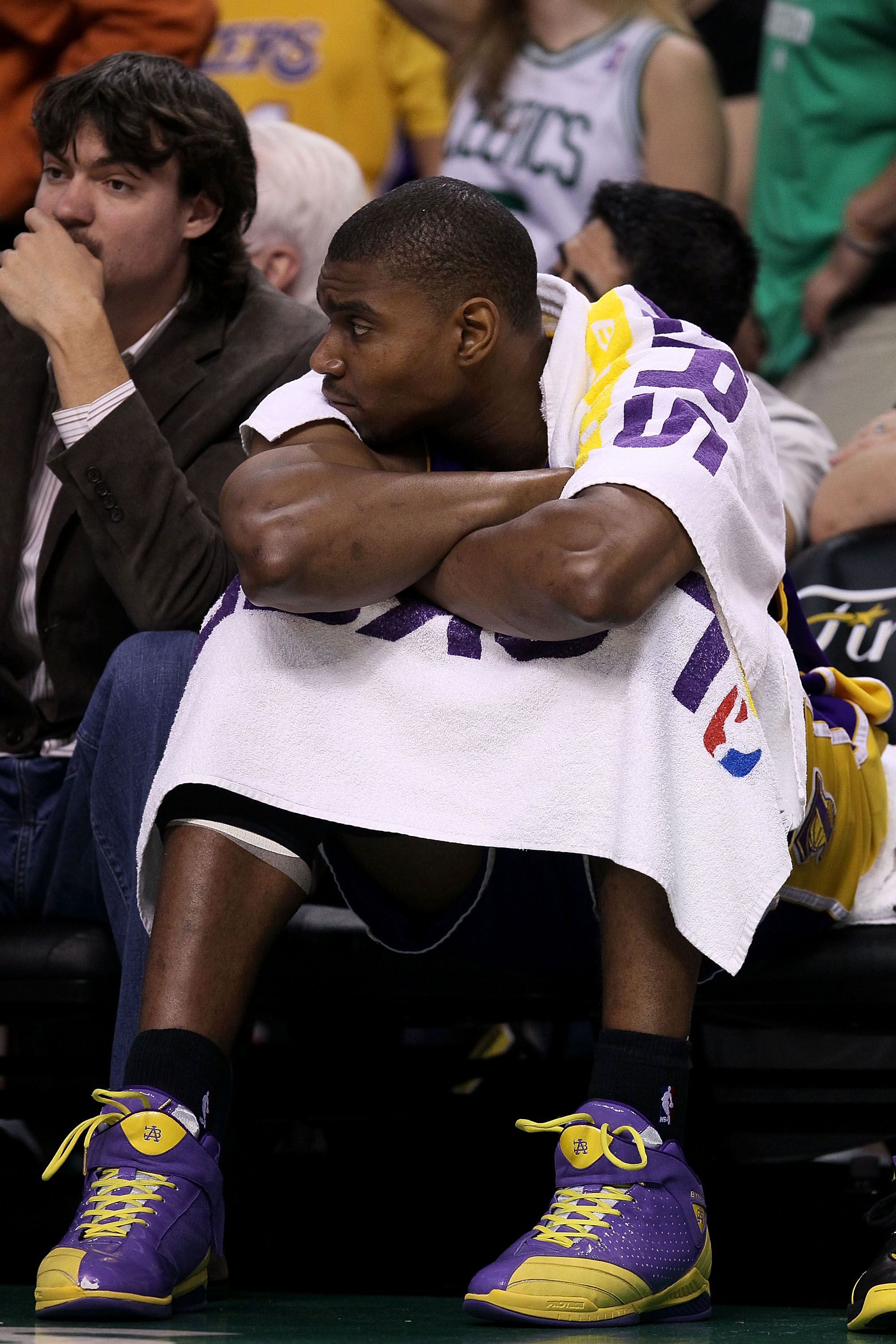 BOSTON - JUNE 10:  Andrew Bynum #17 of the Los Angeles Lakers sits on the bench near the end of the Lakers' loss to the Boston Celltics during Game Four of the 2010 NBA Finals on June 10, 2010 at TD Garden in Boston, Massachusetts. NOTE TO USER: User expr