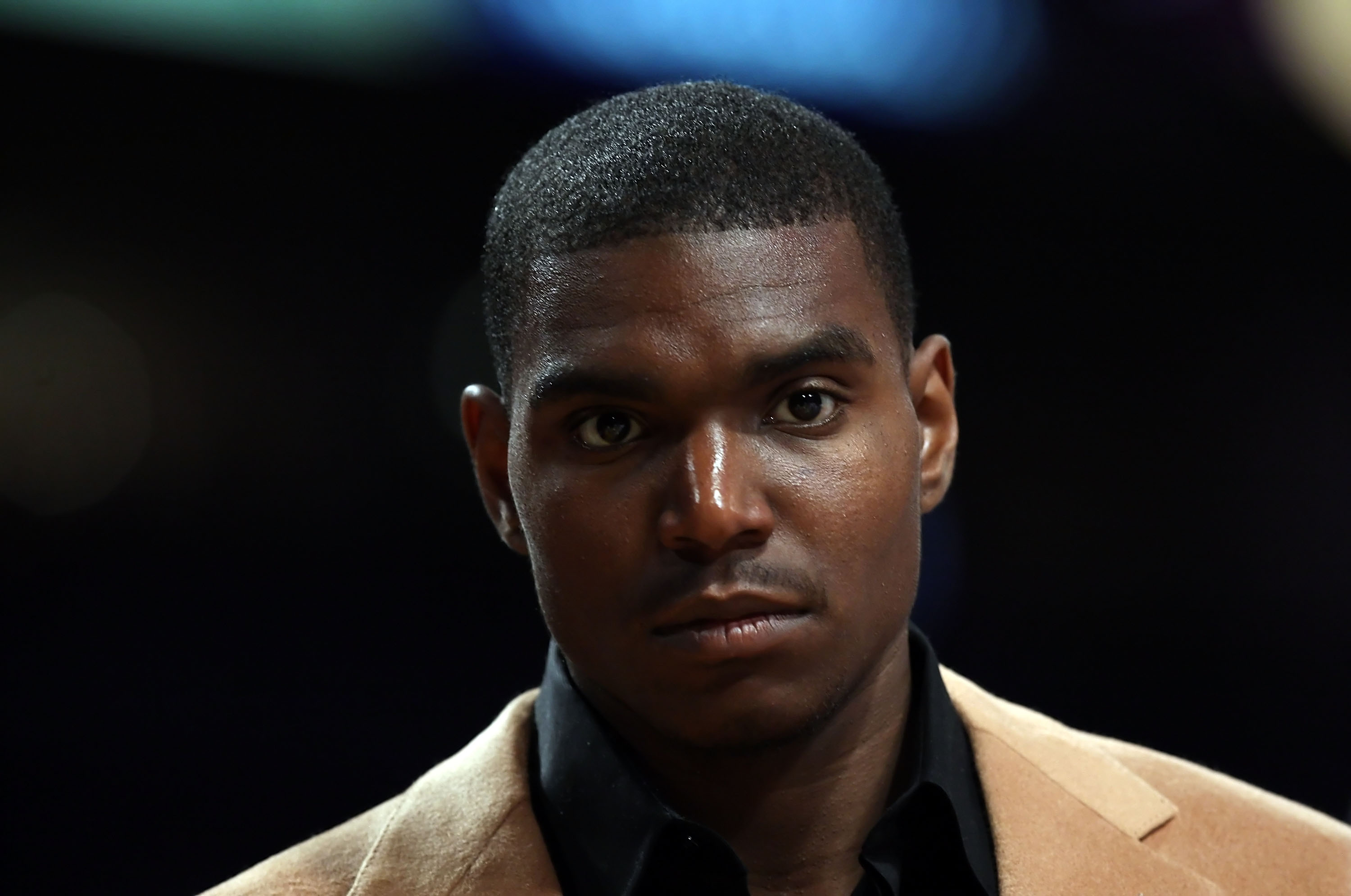 LOS ANGELES, CA - MAY 04:  Andrew Bynum #17 of the Los Angeles Lakers looks on from the bench as he is out for the game due to injury against the Utah Jazz in Game One of the Western Conference Semifinals during the 2008 NBA Playoffs at Staples Center on