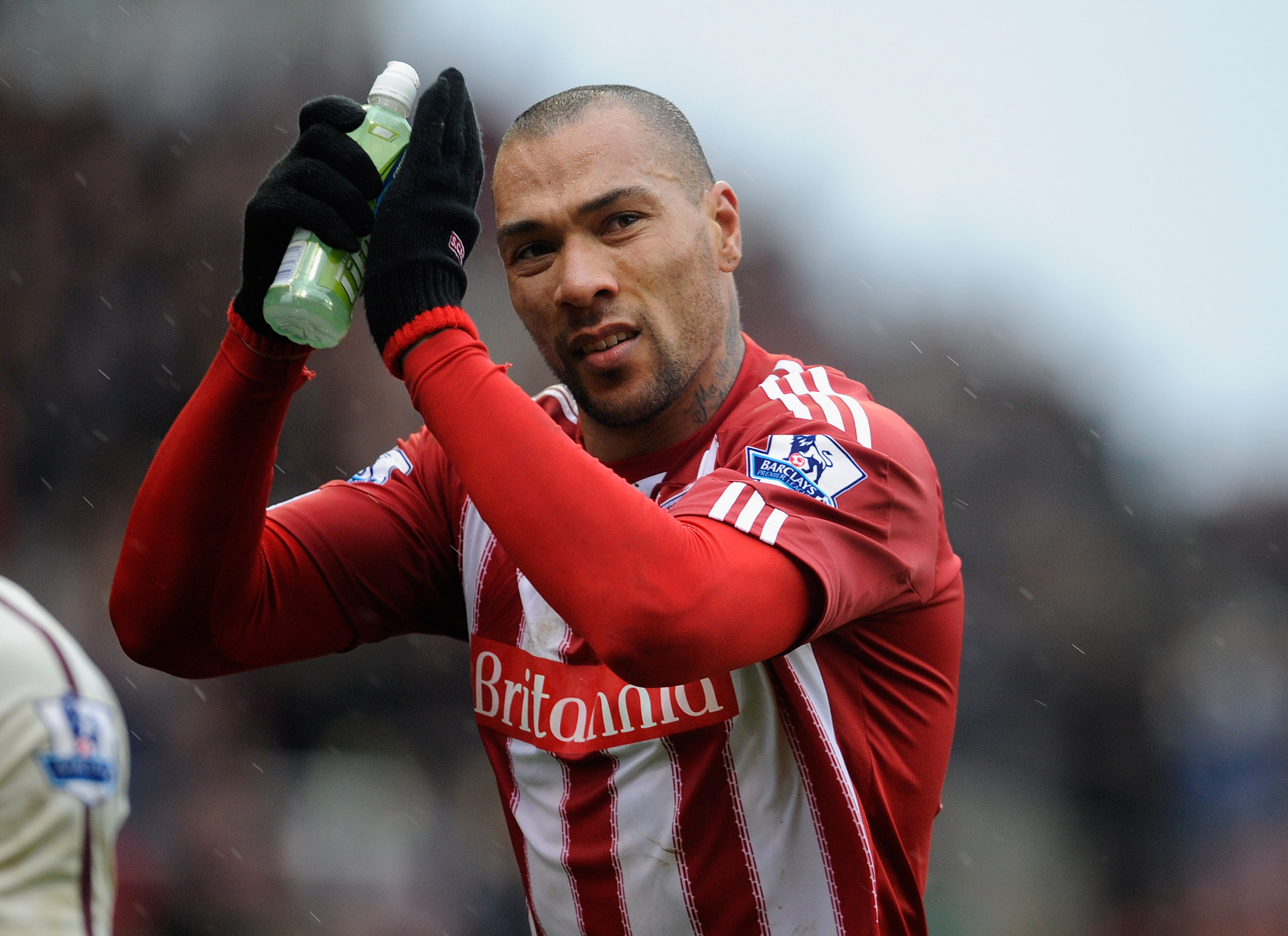 STOKE ON TRENT, ENGLAND - FEBRUARY 05: John Carew of Stoke salutes the fans after the Barclays Premier League match between Stoke City and Sunderland at the Britannia Stadium on February 5, 2011 in Stoke on Trent, England.  (Photo by Michael Regan/Getty I