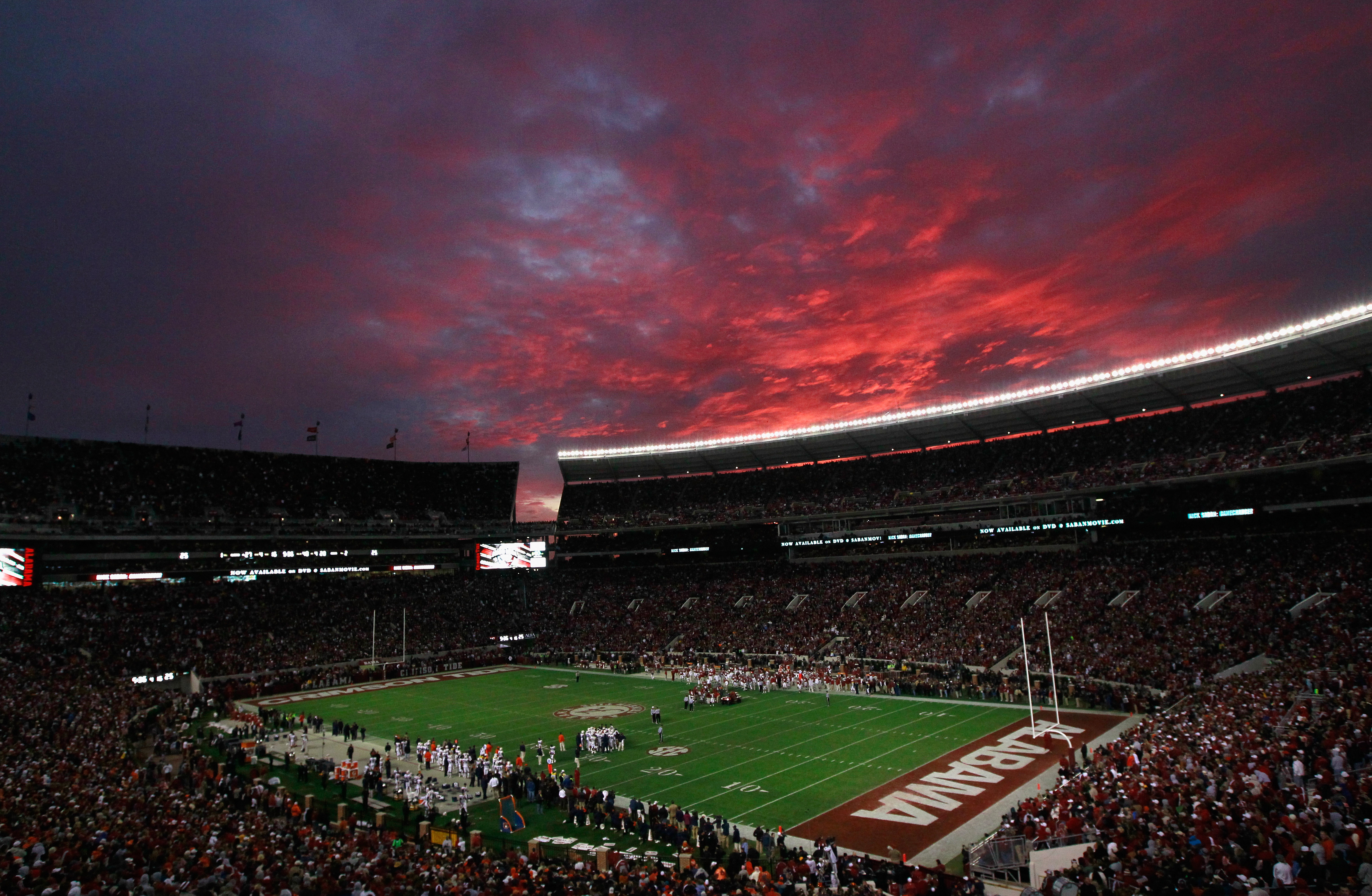 TUSCALOOSA, AL - NOVEMBER 26:  A general view of the sunset at Bryant-Denny Stadium during the game between the Auburn Tigers and the Alabama Crimson Tide on November 26, 2010 in Tuscaloosa, Alabama.  (Photo by Kevin C. Cox/Getty Images)
