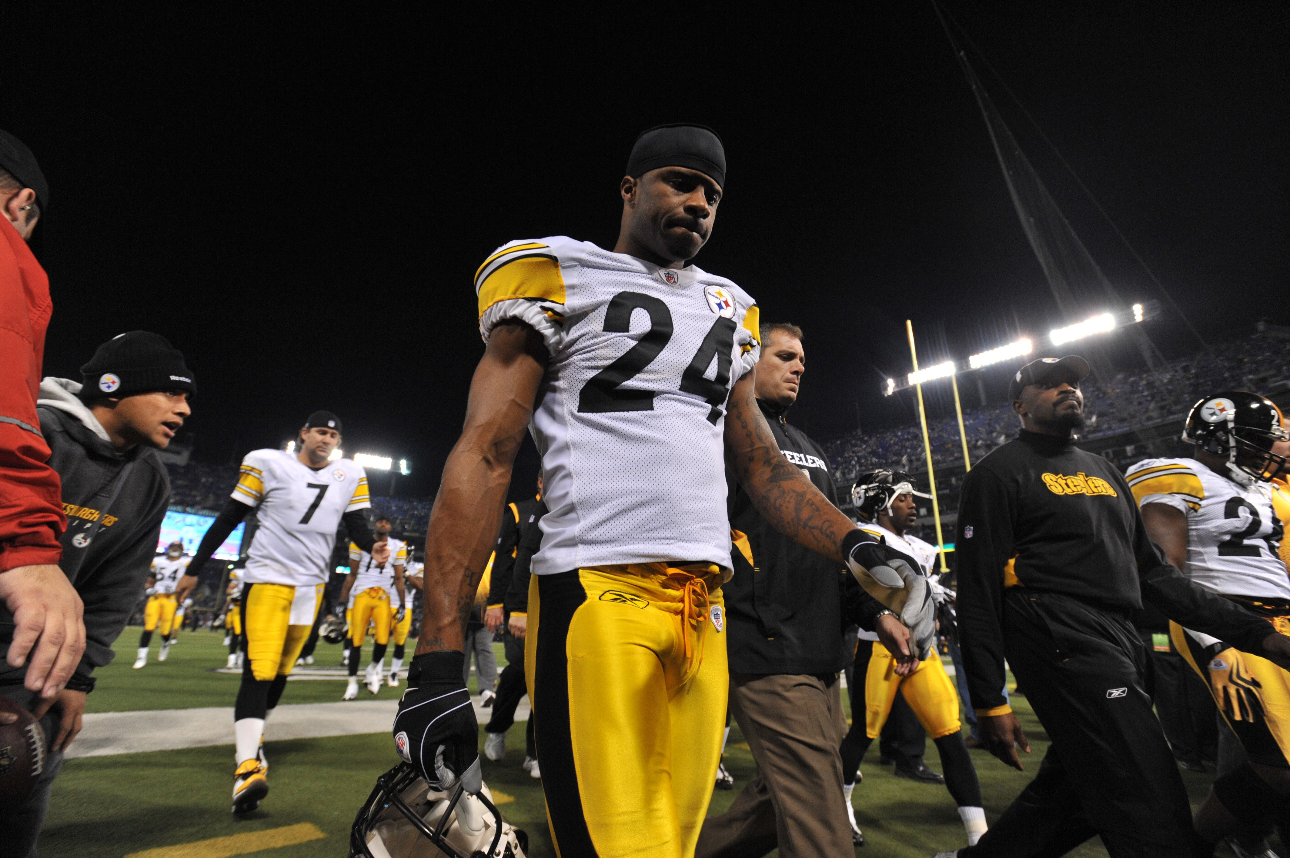 BALTIMORE - NOVEMBER 29:  Ike Taylor #24 of the Pittsburgh Steelers walks off the field after warmups before the game against the  Baltimore Ravens at M&T Bank Stadium on November 29, 2009 in Baltimore, Maryland. The Ravens defeated the Steelers 20-17. (P