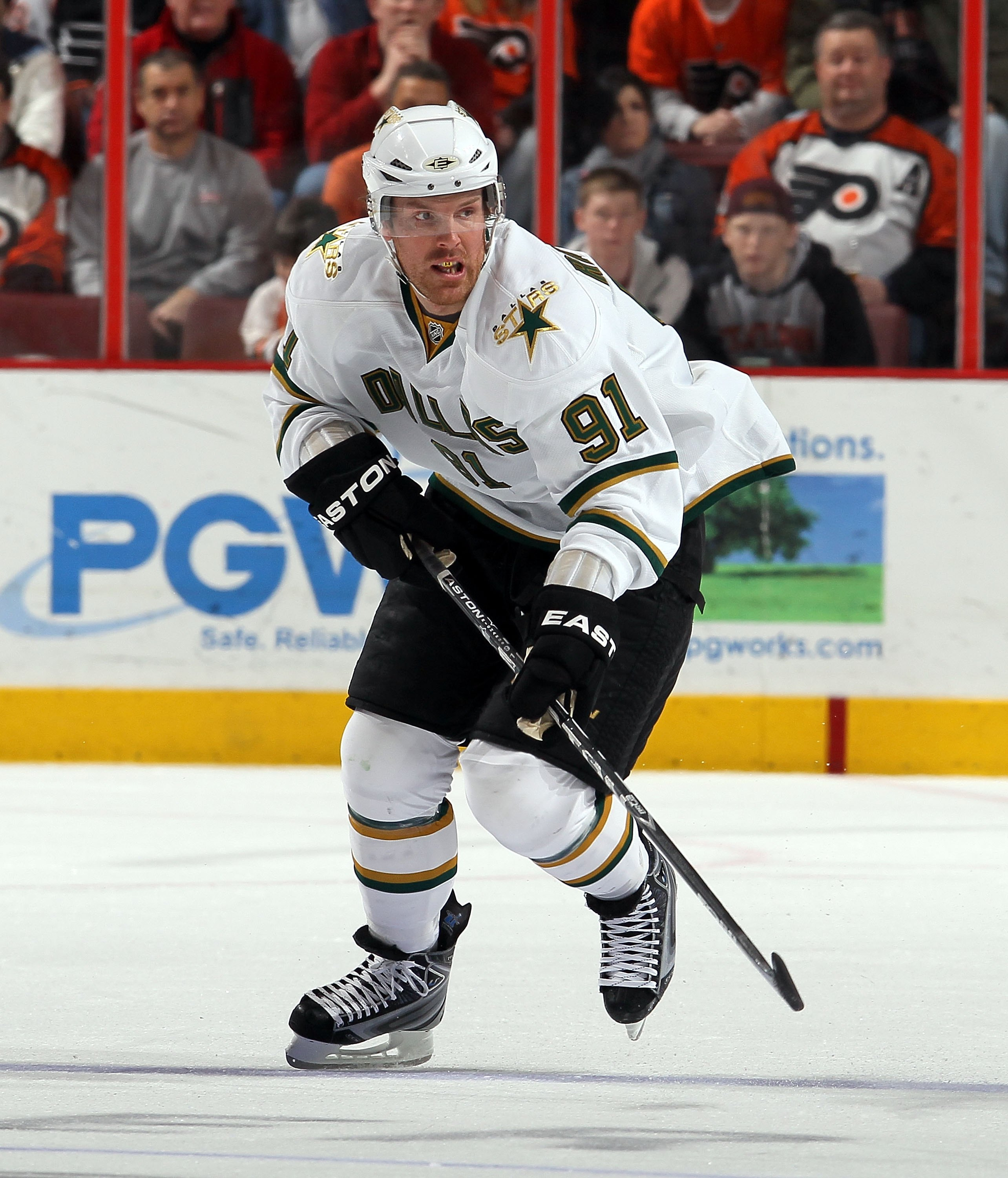 c08faf9f82c NHL Predictions  Each Team s Player Under the Most Pressure in the 2nd Half
