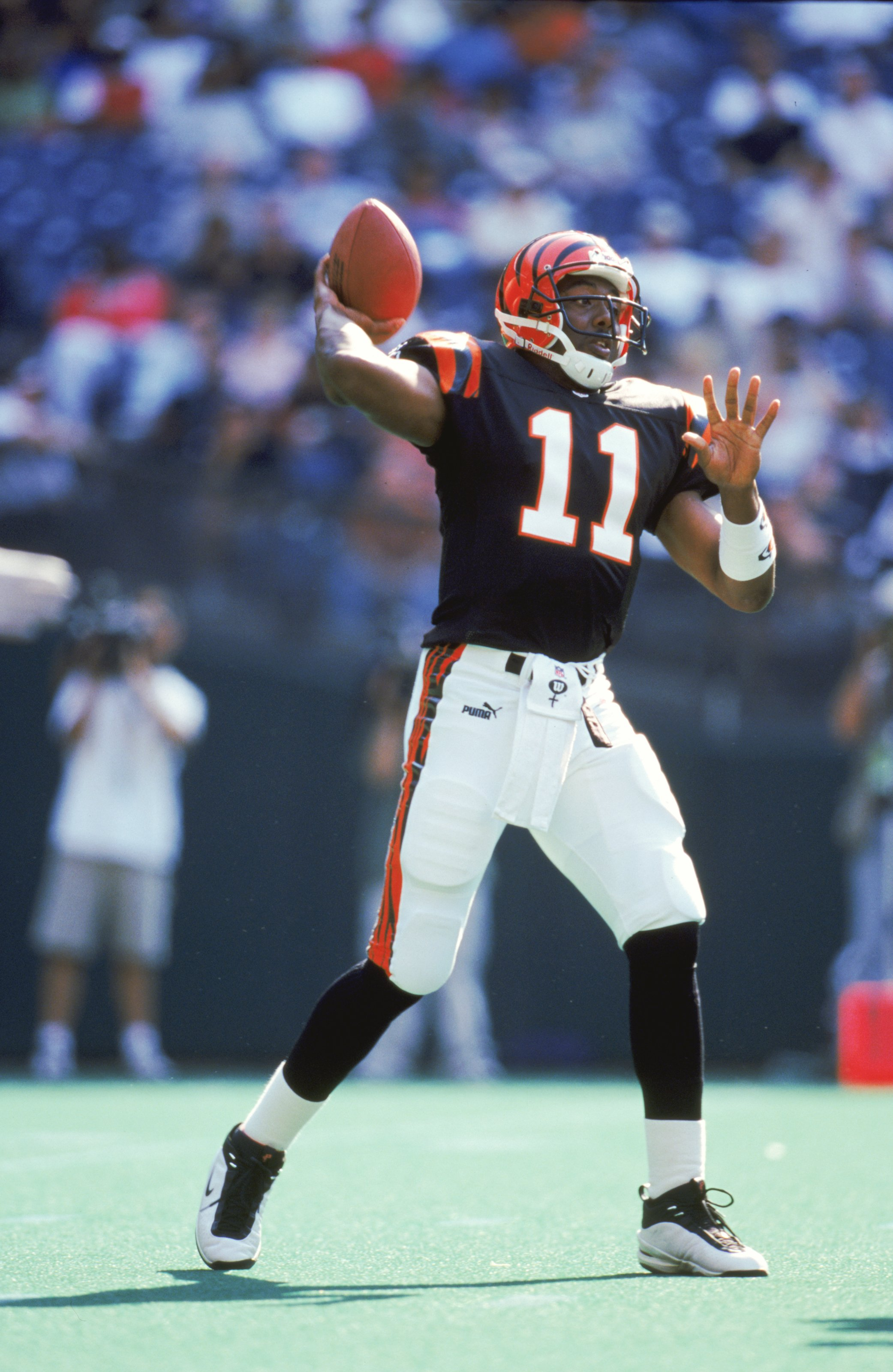 3 Oct 1999: Akili Smith #11 of the Cincinnati Bengals passes the ball during a game against the St. Louis Rams at the Riverfront Stadium in Cincinnati, Ohio. The Rams defeated the Bengals 38-10. Mandatory Credit: Andy Lyons  /Allsport