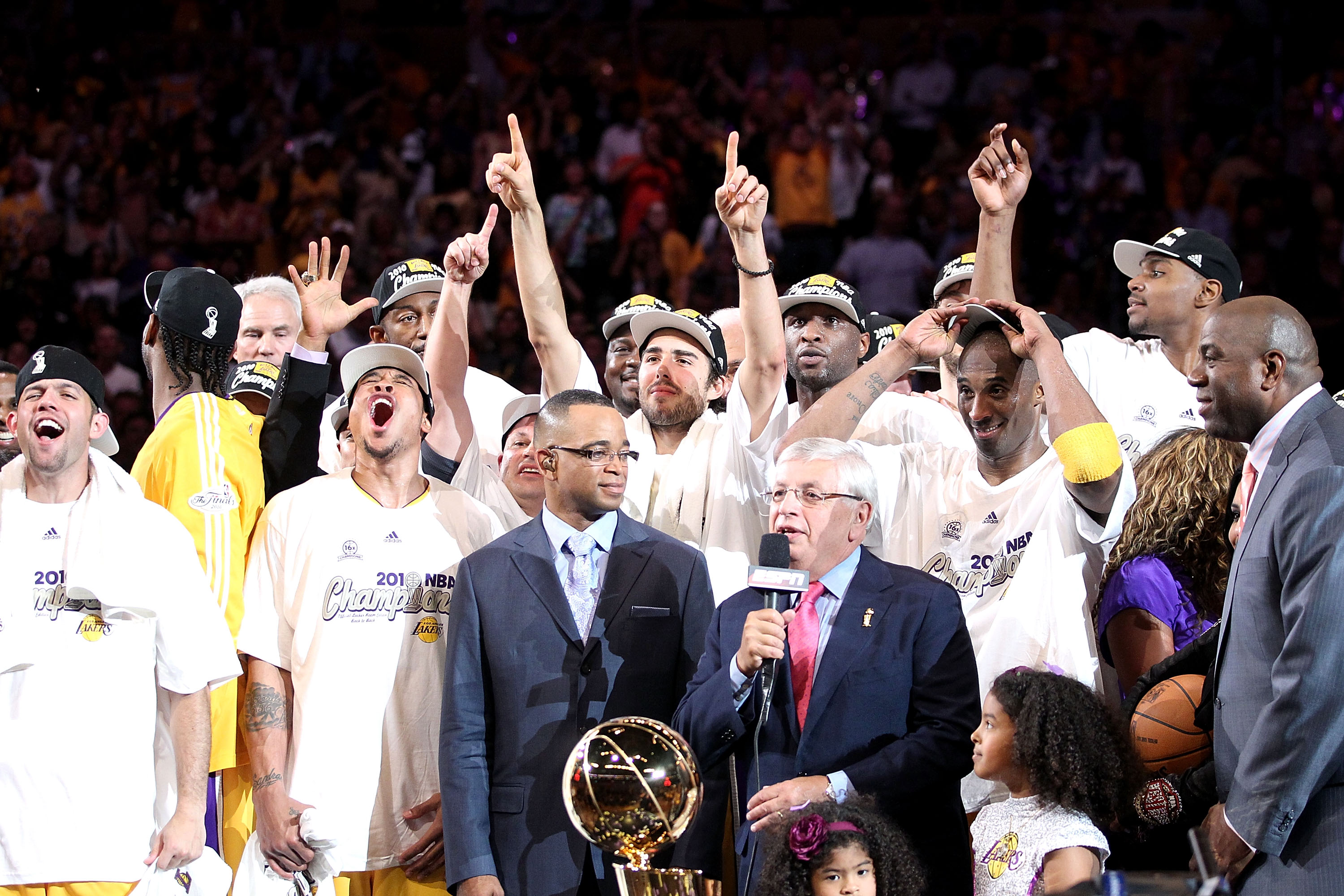 LOS ANGELES, CA - JUNE 17:  NBA Commissioner David Stern prepares to present the Larry O'Brien trophy to the Los Angeles Lakers after their 83-79 victory against the Boston Celtics by holding up five fingers in Game Seven of the 2010 NBA Finals at Staples