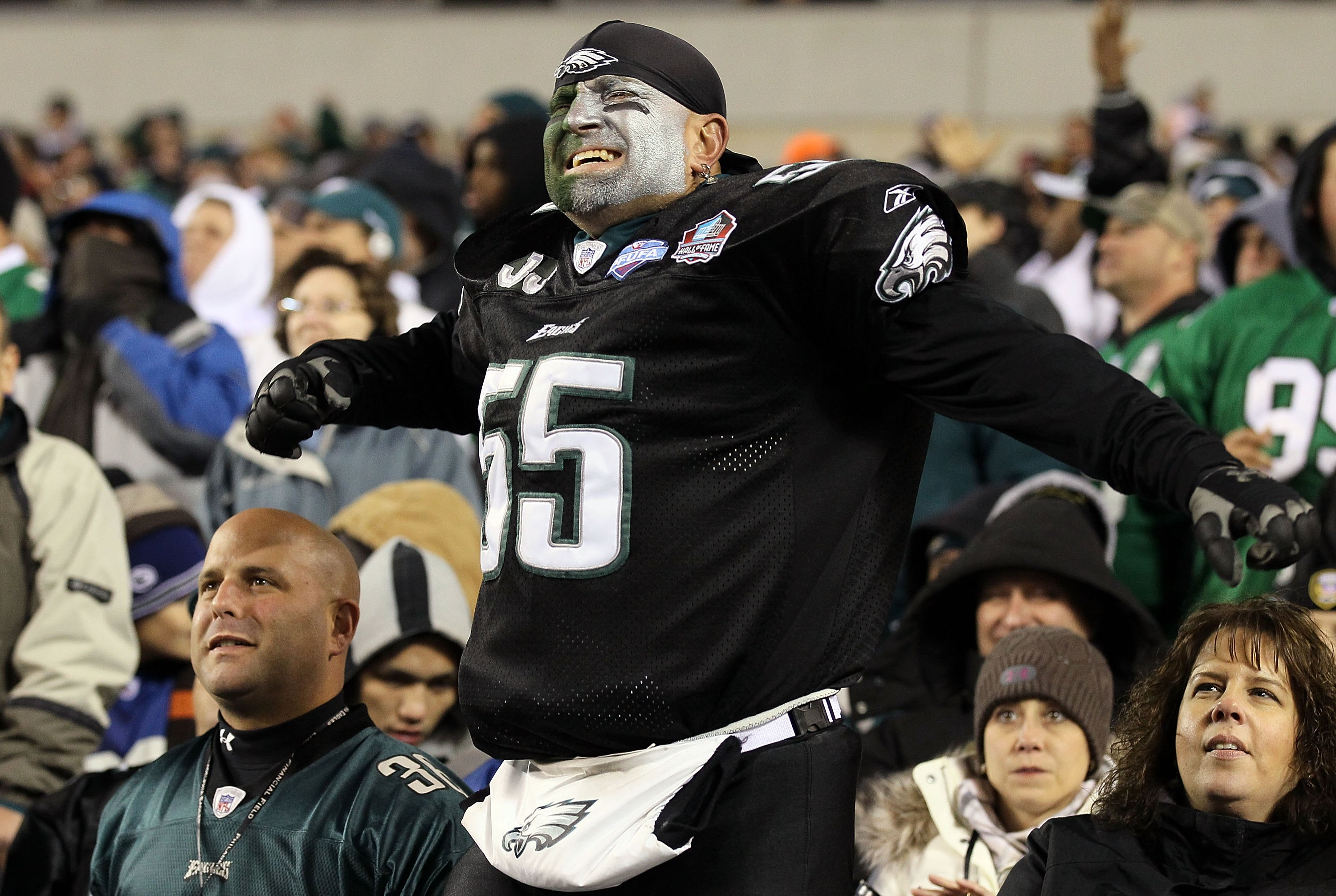 PHILADELPHIA - NOVEMBER 07:  A fan of the Philadelphia Eagles cheers against the Indianapolis Colts on November 7, 2010 at Lincoln Financial Field in Philadelphia, Pennsylvania. The Eagles defeated the Colts 26-24.  (Photo by Jim McIsaac/Getty Images)