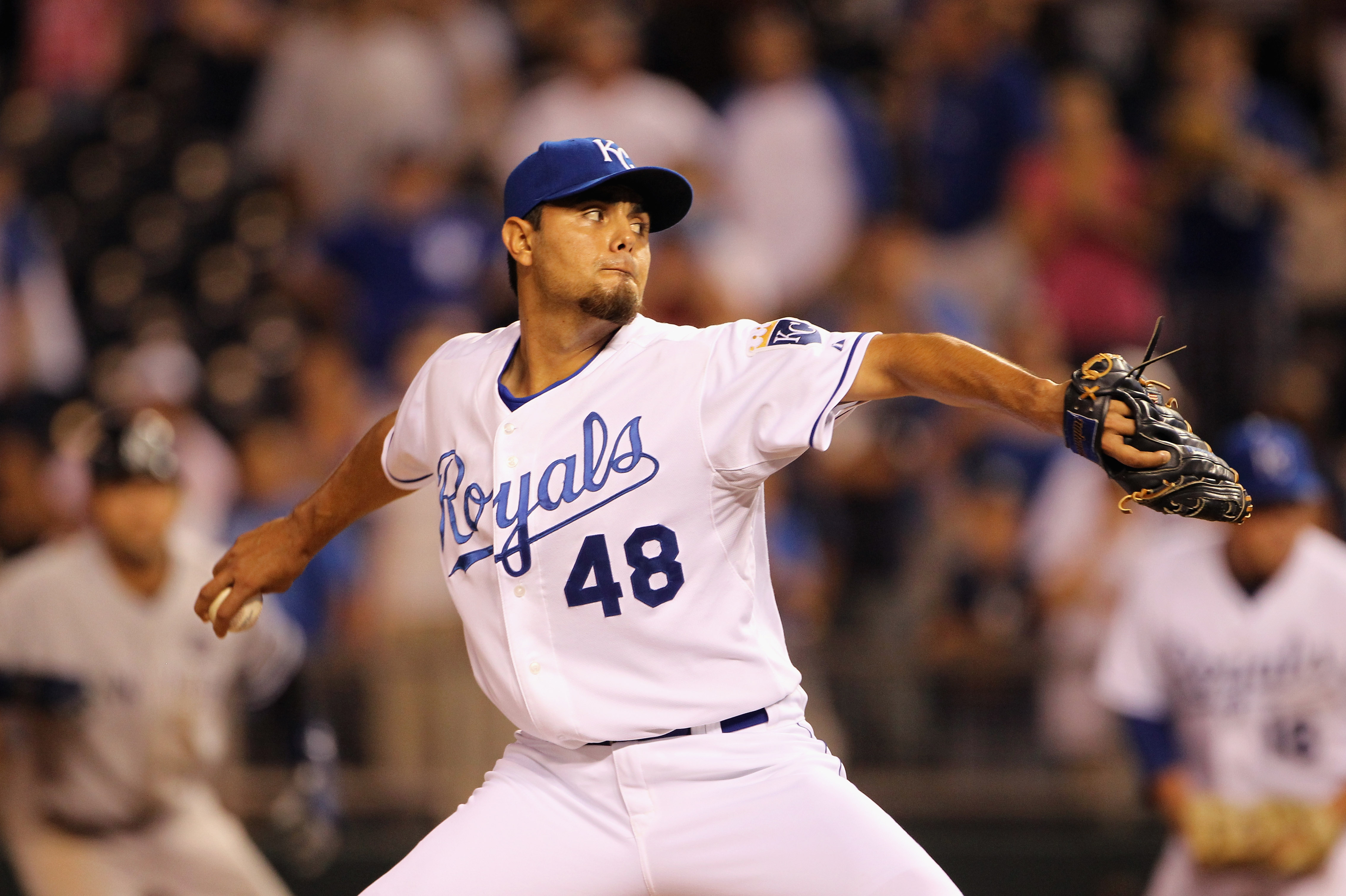 KANSAS CITY, MO - AUGUST 13:  Pitcher Joakim Soria #48 of the Kansas City Royals pitches during the game against the New York Yankees on August 13, 2010 at Kauffman Stadium in Kansas City, Missouri.  (Photo by Jamie Squire/Getty Images)