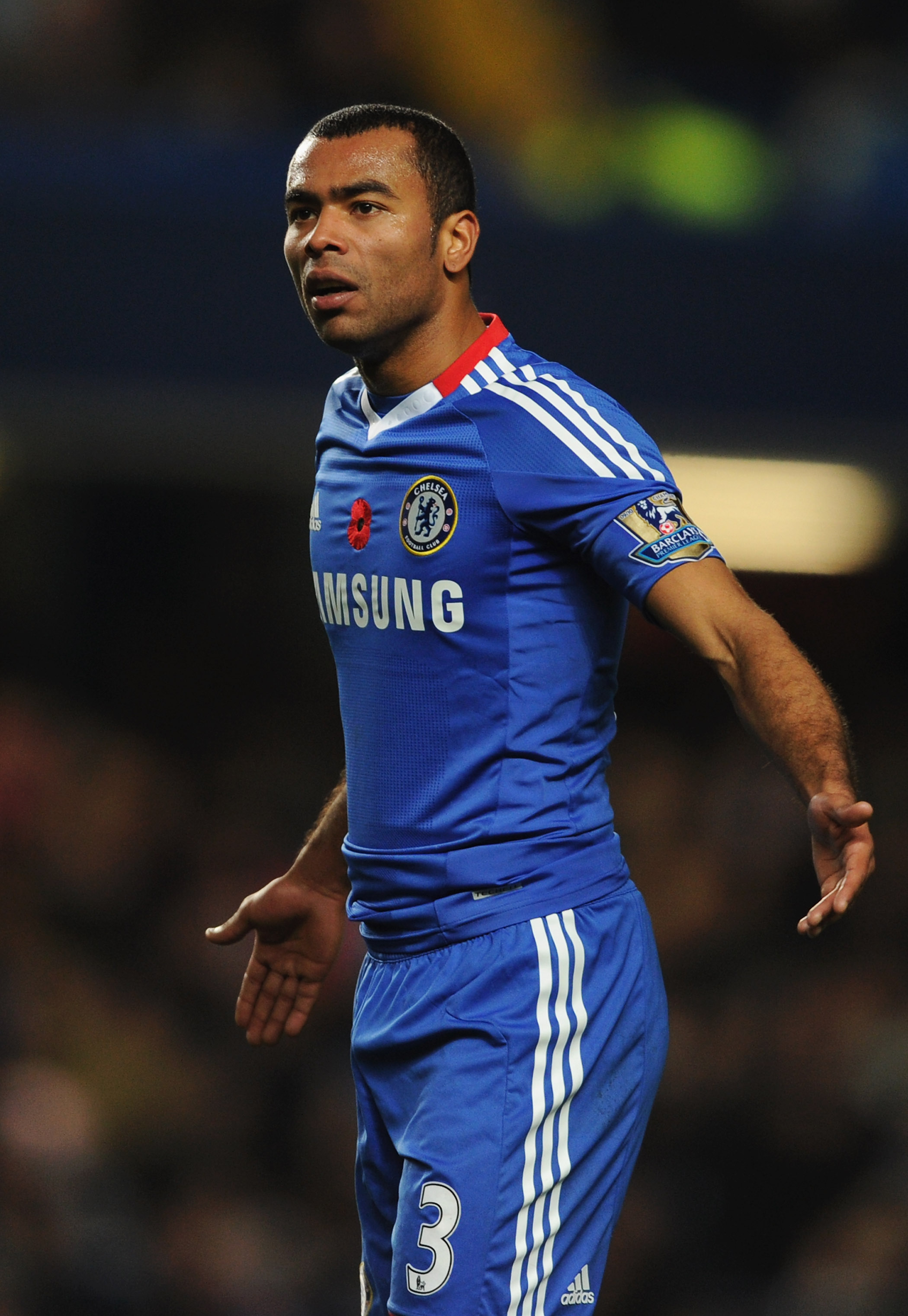 LONDON, ENGLAND - NOVEMBER 14:  Ashley Cole of Chelsea appeals during the Barclays Premier League match between Chelsea and Sunderland at Stamford Bridge on November 14, 2010 in London, England.  (Photo by Michael Regan/Getty Images)