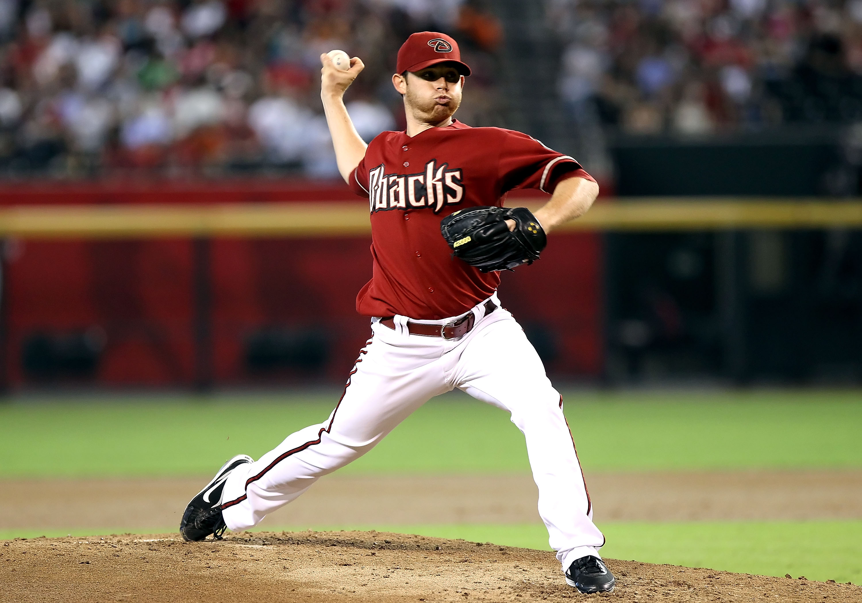 PHOENIX - SEPTEMBER 06:  Starting pitcher Ian Kennedy #31 of the Arizona Diamondbacks pitches against the San Francisco Giants during the Major League Baseball game at Chase Field on September 6, 2010 in Phoenix, Arizona.  (Photo by Christian Petersen/Get