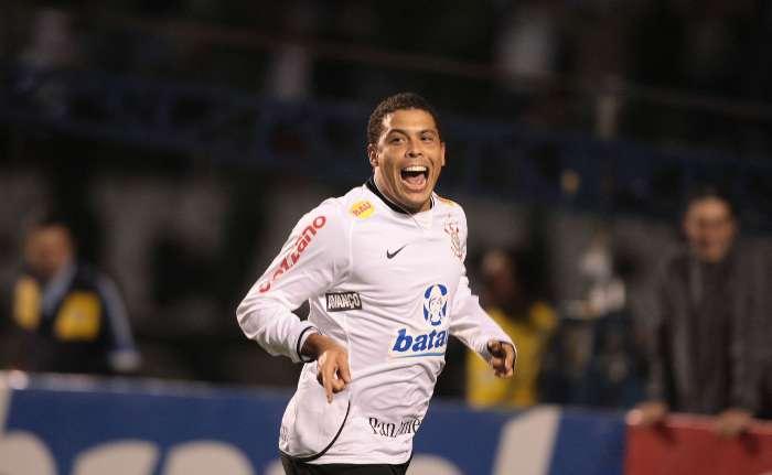 Ronaldo scored on goal on the first leg of the Copa do Brasil Final against Inter.
