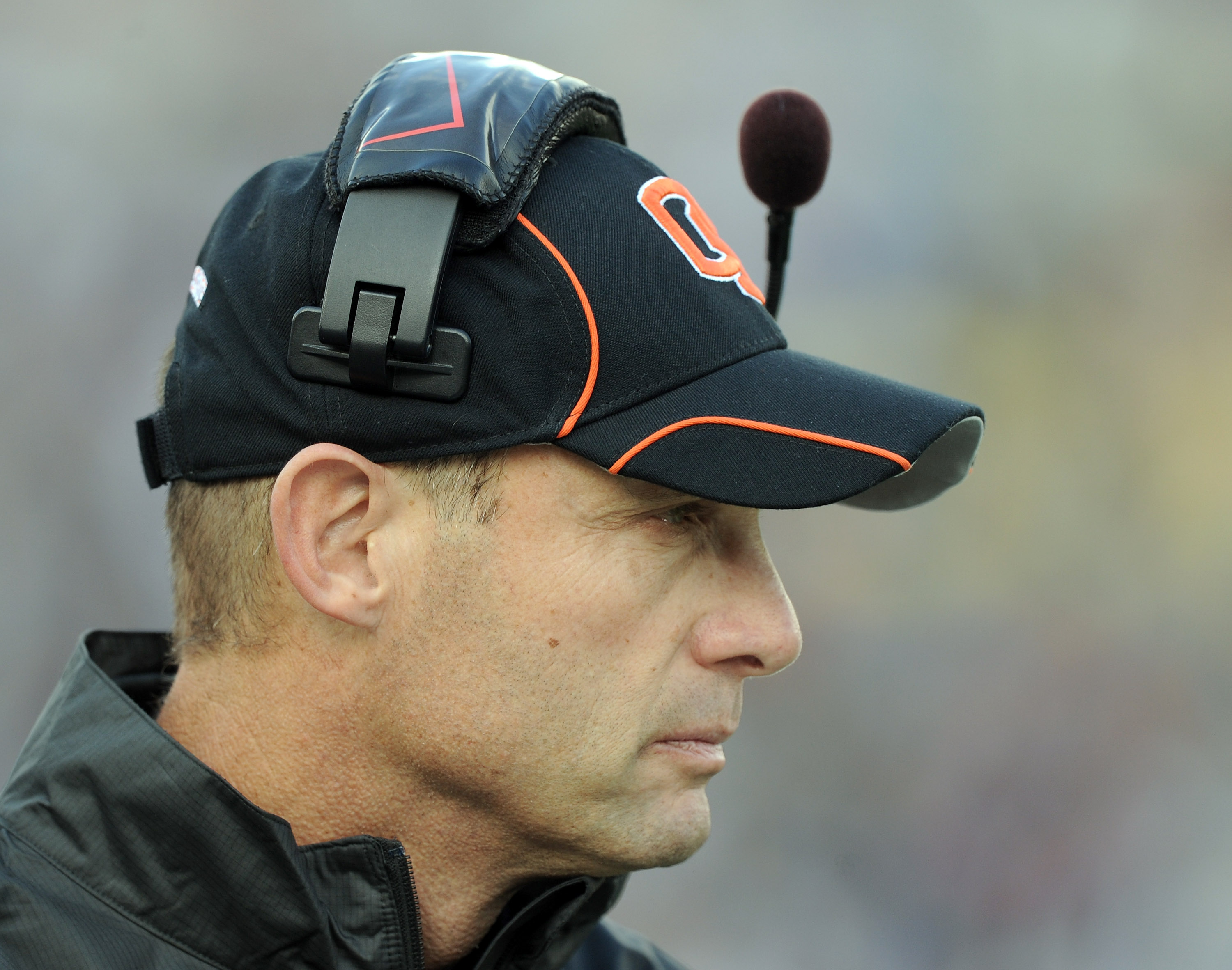 PASADENA, CA - NOVEMBER 06:  Head Coach Mike Riley of the Oregon State Beavers on the sidelines during a 17-14 loss to the UCLA Bruins at the Rose Bowl on November 6, 2010 in Pasadena, California.  (Photo by Harry How/Getty Images)