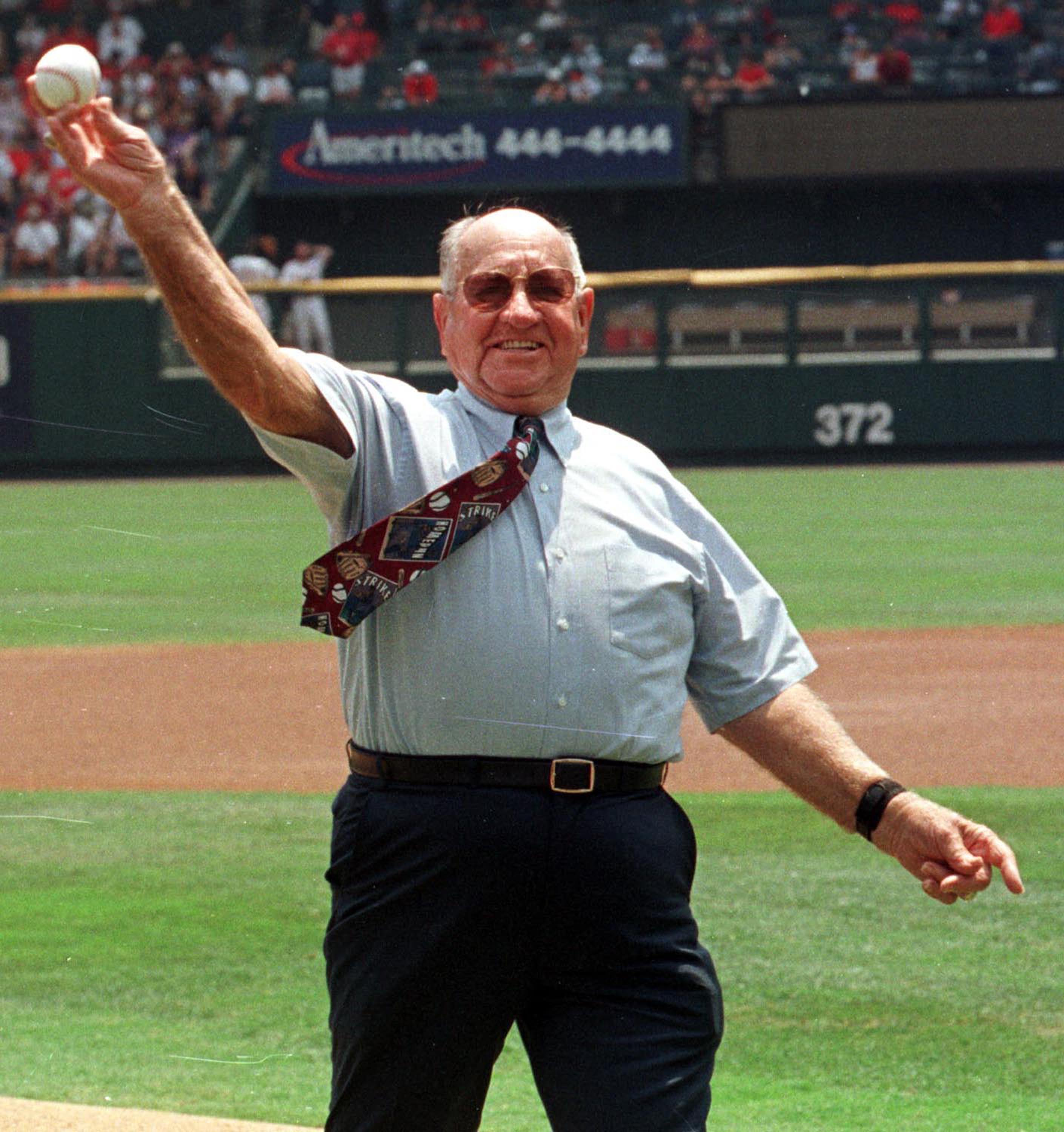 ST. LOUIS- JULY 18, 1999:  Former St. Louis Cardinals' baseball great and Hall of Famer Enos Slaughter, pictured in this July 18, 1999 file photo, died at Duke University Medical Center August 12, 2002 in Durham, North Carolina.  He was 86.  Slaughter is
